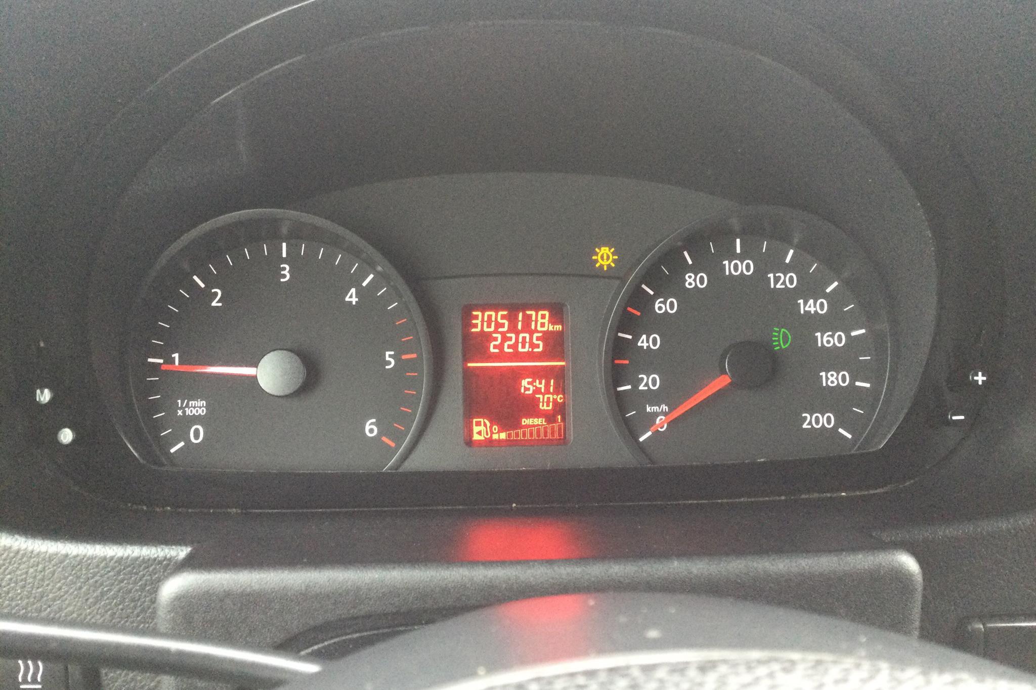 VW Crafter 35 2.0 TDI Volymskåp (163hk) - 305 170 km - Manual - white - 2014