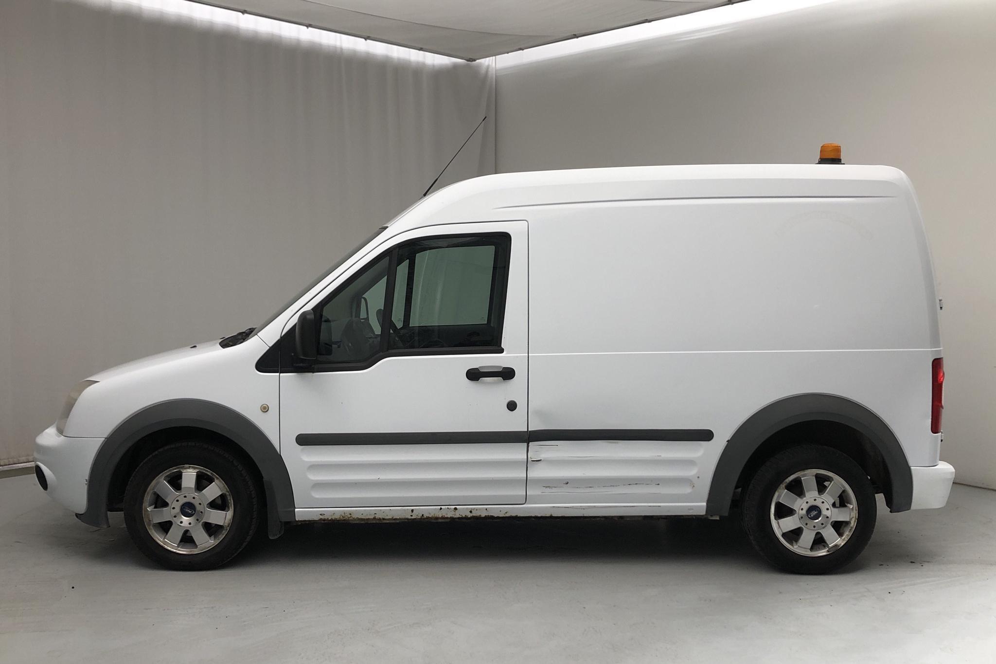 Ford Transit Connect 1.8 TDCi (110hk) - 15 915 mil - Manuell - vit - 2009