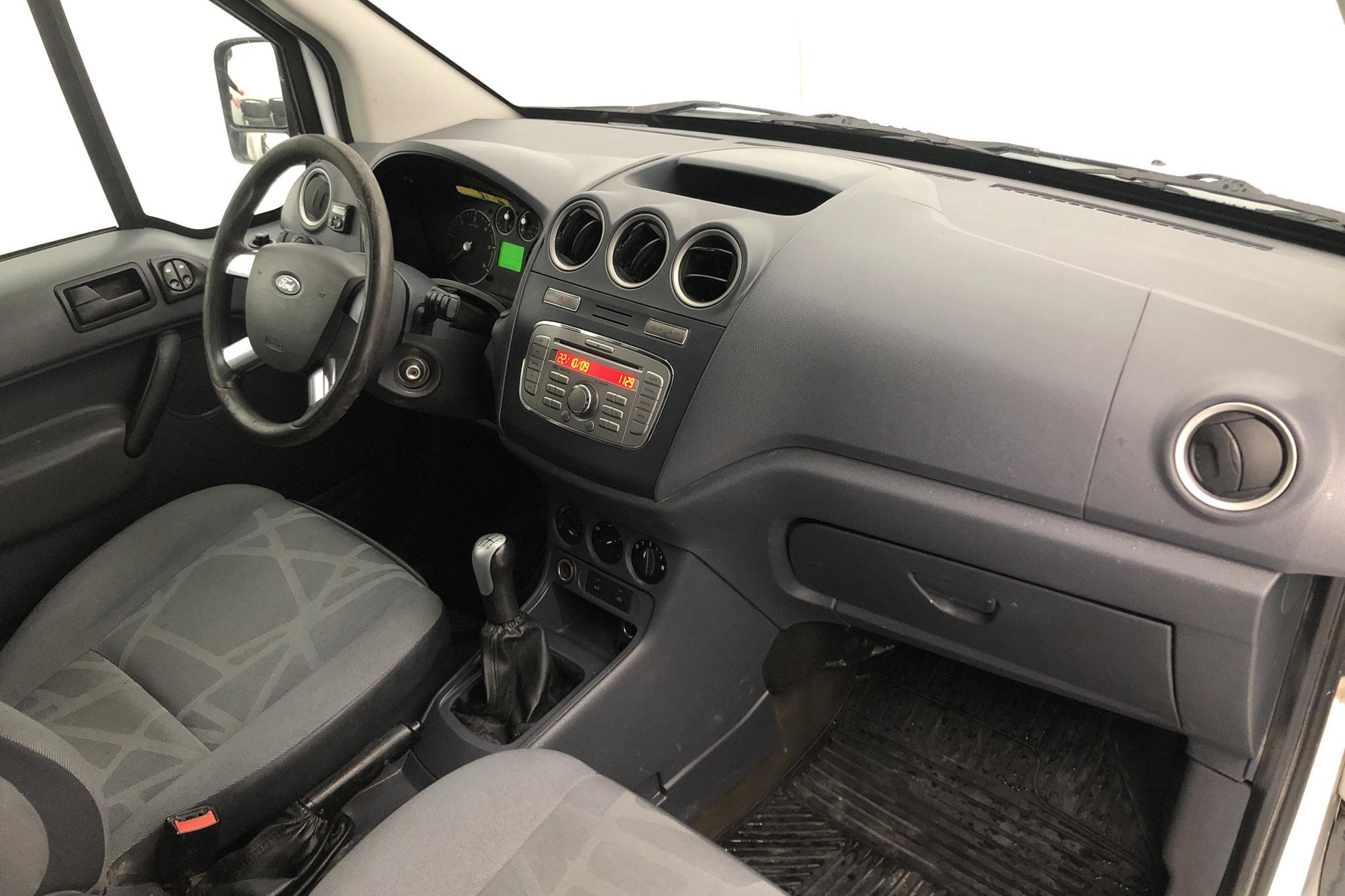 Ford Transit Connect 1.8 TDCi (110hk) - 159 150 km - Manual - white - 2009