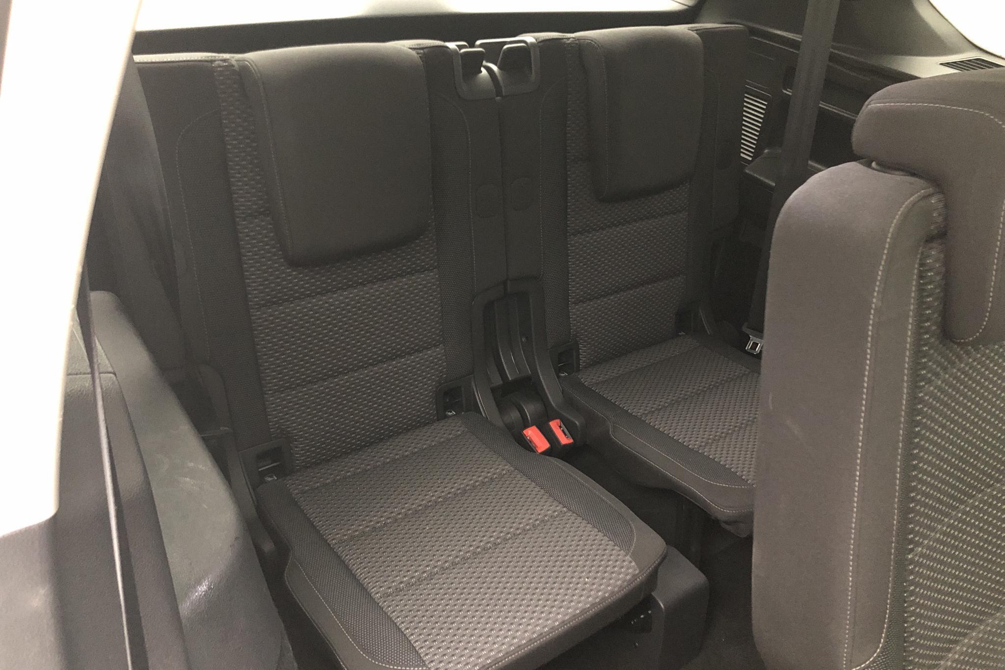 VW Touran 1.4 TSI (150hk) - 82 100 km - Automatic - white - 2018