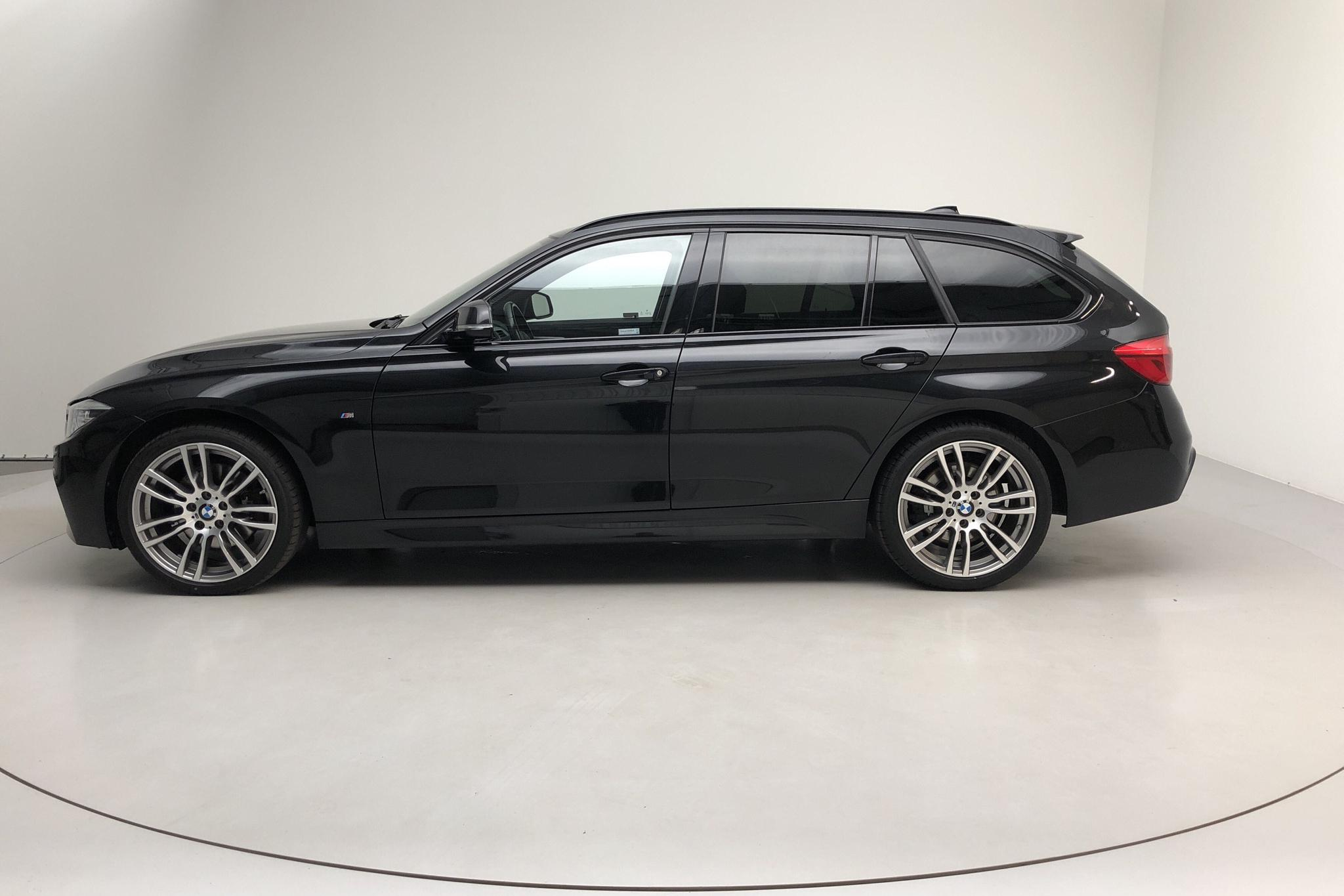 BMW 330d xDrive Touring, F31 (258hk) - 6 385 mil - Automat - svart - 2016