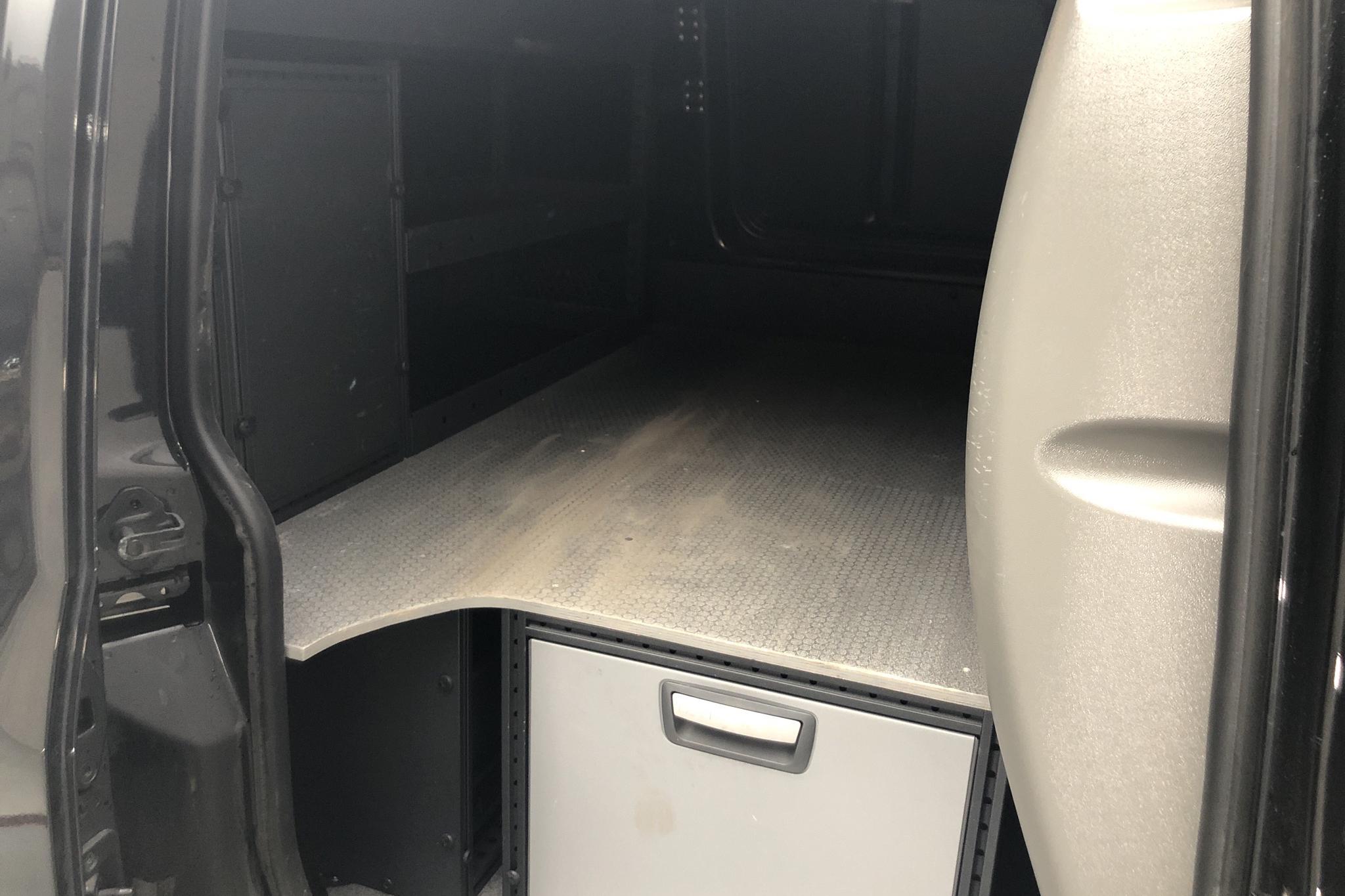 VW Caddy 2.0 TDI Skåp (75hk) - 11 916 mil - Manuell - svart - 2017