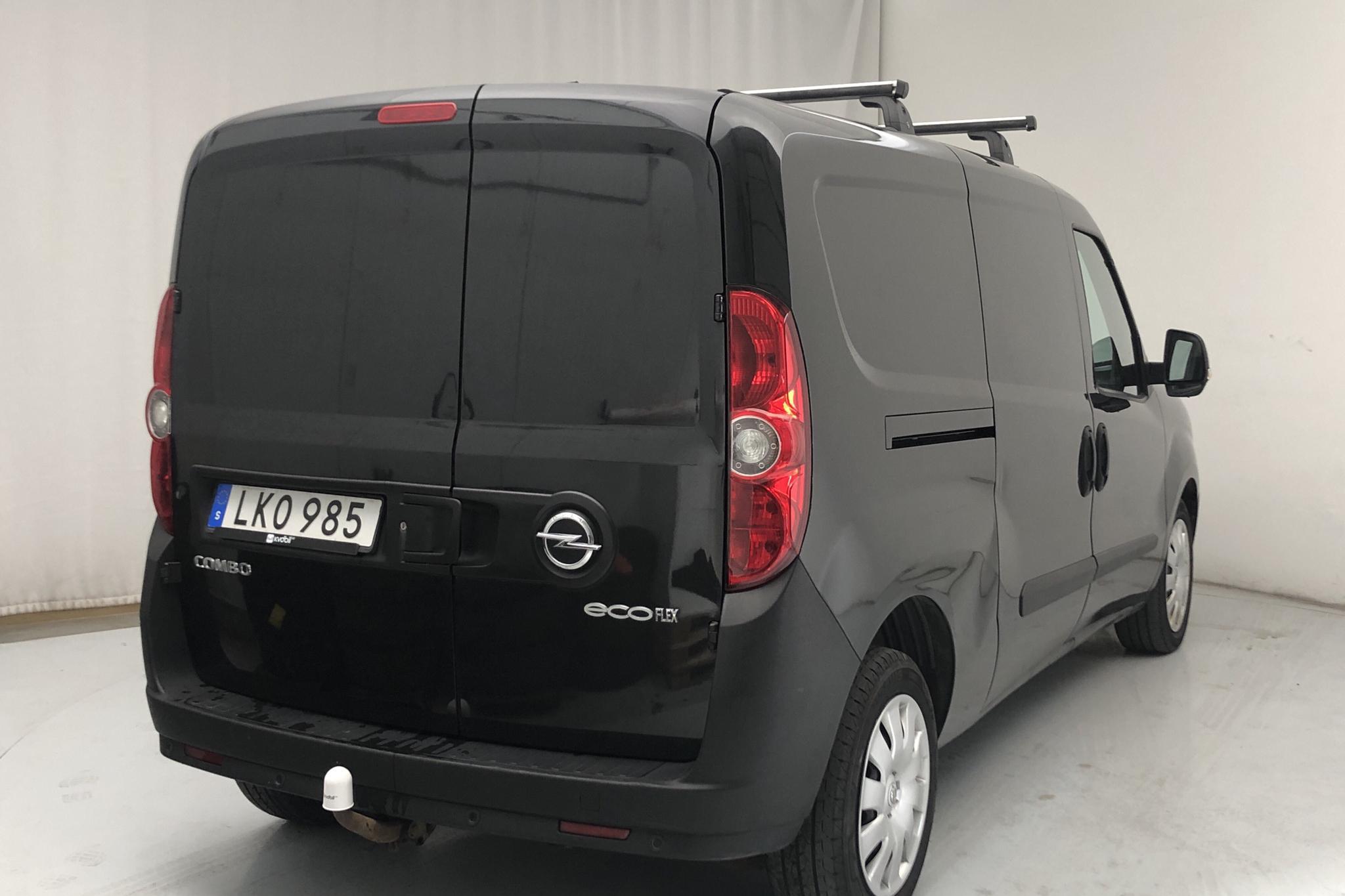 Opel Combo 1.3 CDTI Skåp (90hk) - 126 530 km - Manual - black - 2014