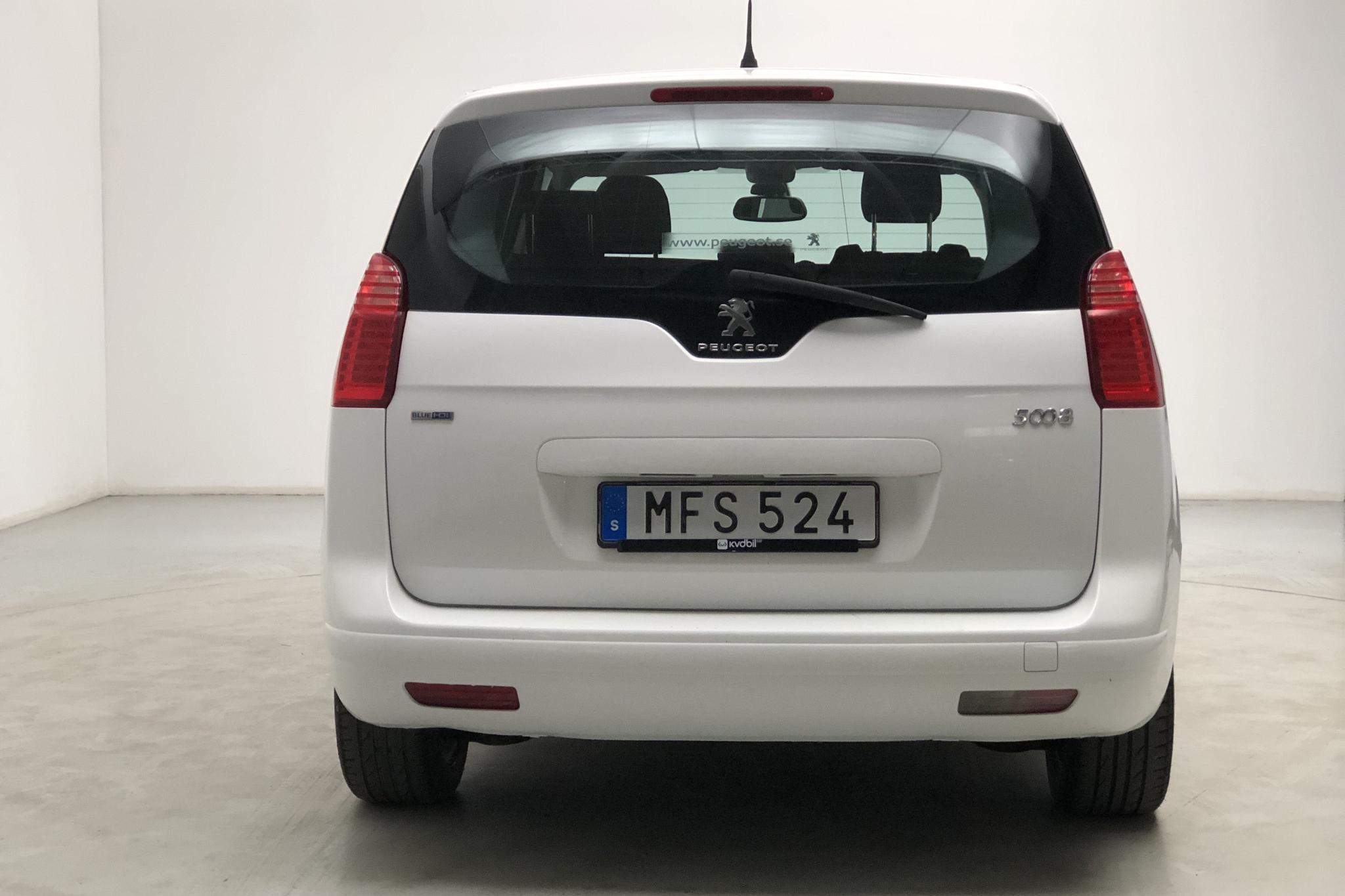 Peugeot 5008 BlueHDi (120hk) - 216 240 km - Manual - white - 2016