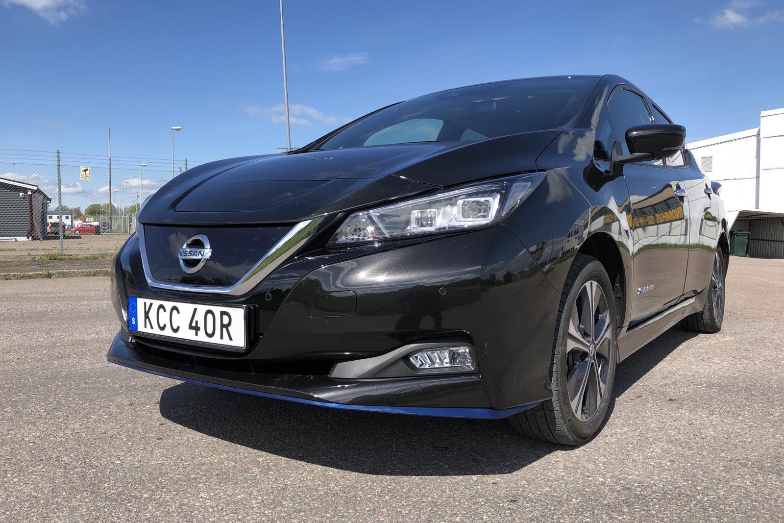 Nissan LEAF 5dr 62 kWh (214hk) - 1 612 mil - Automat - svart - 2021