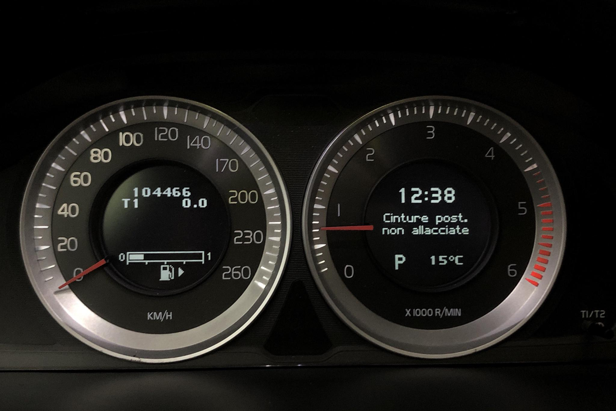 Volvo V60 D3 (163hk) - 104 460 km - Automatic - black - 2012