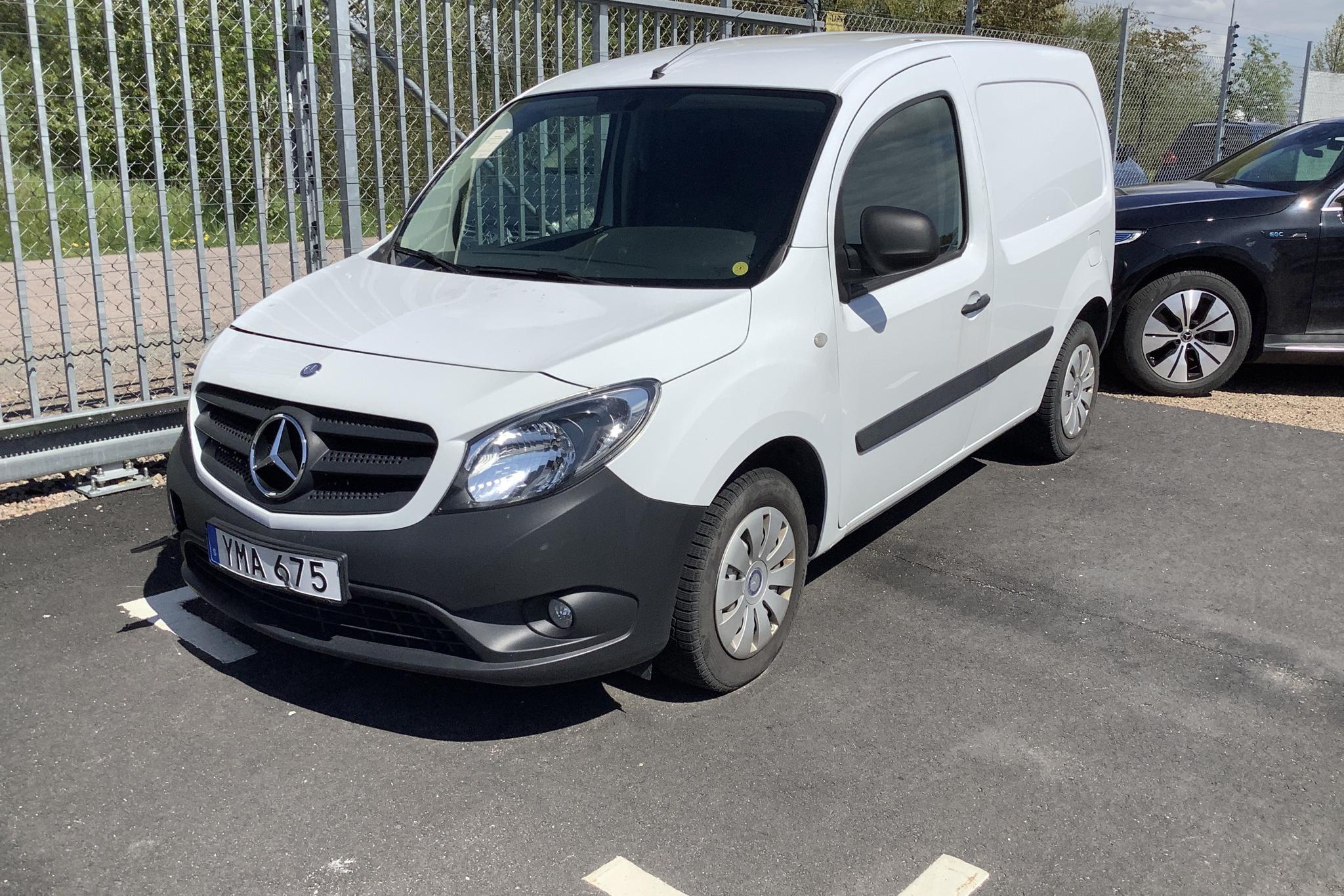 Mercedes Citan 109 1.5 CDI (90hk) - 1 740 mil - Manuell - vit - 2018