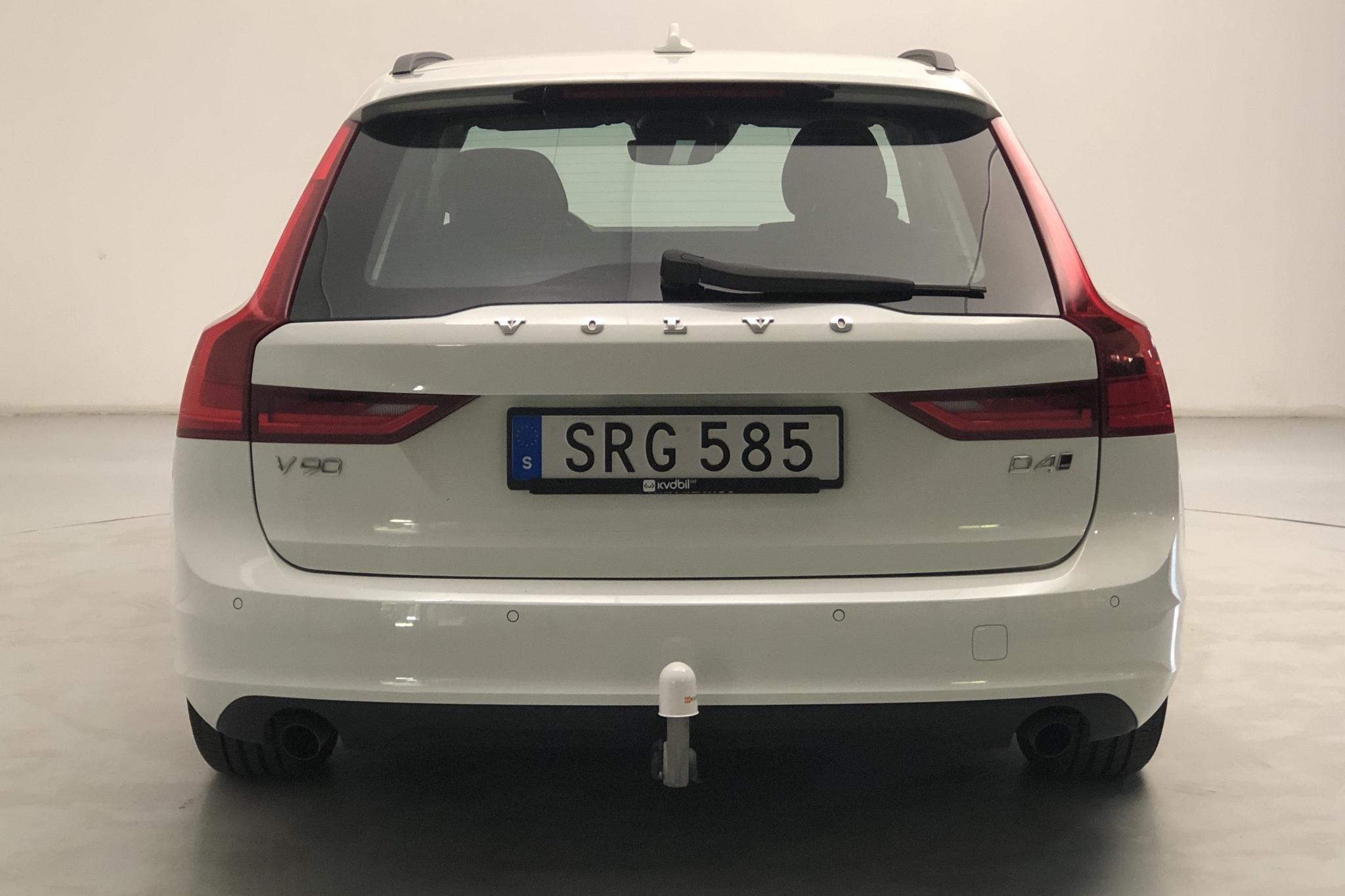 Volvo V90 D4 AWD (190hk) - 86 950 km - Automatic - white - 2017