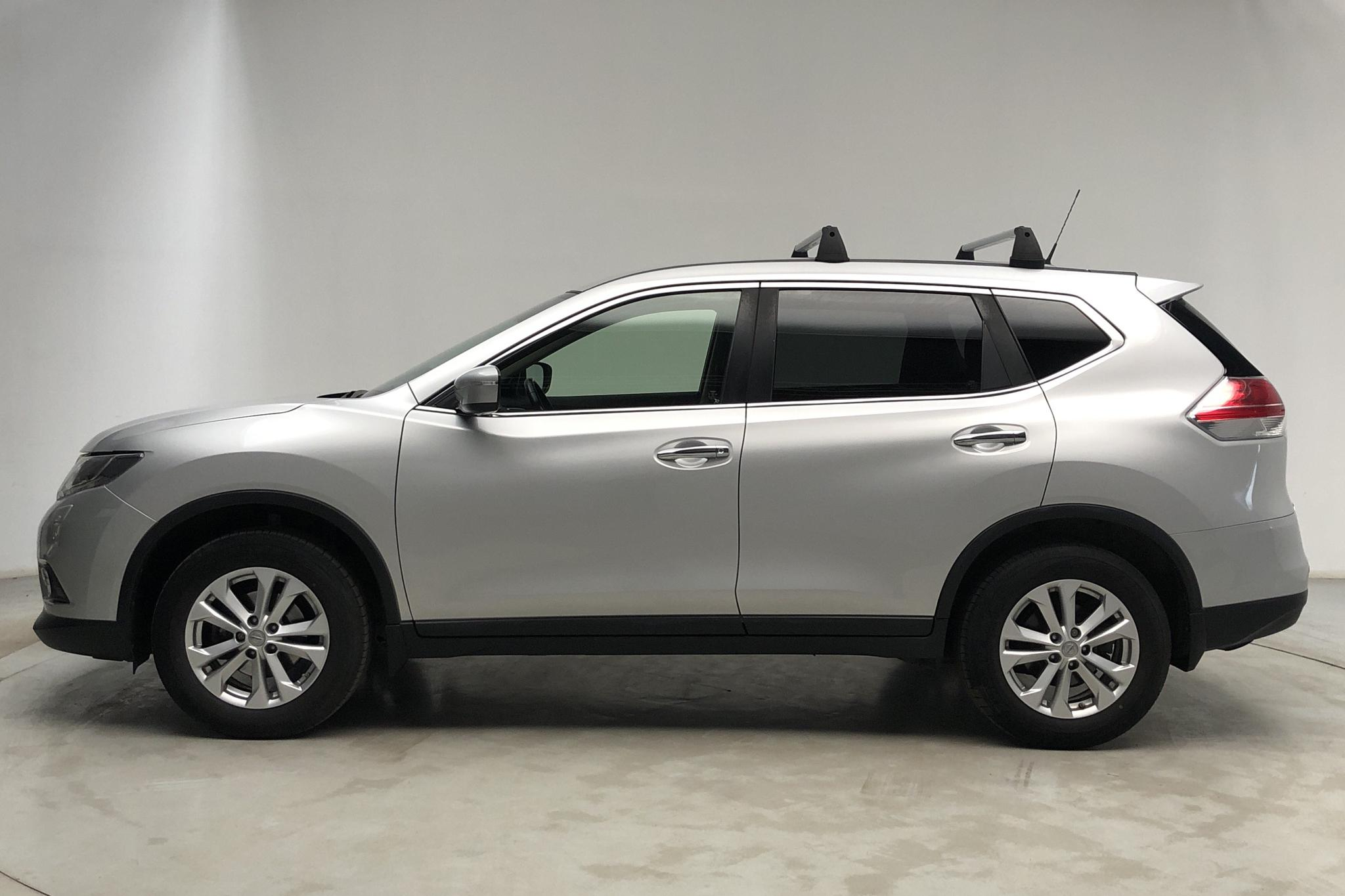 Nissan X-trail 1.6 DIG-T 2WD (163hk) - 69 370 km - Manual - silver - 2016