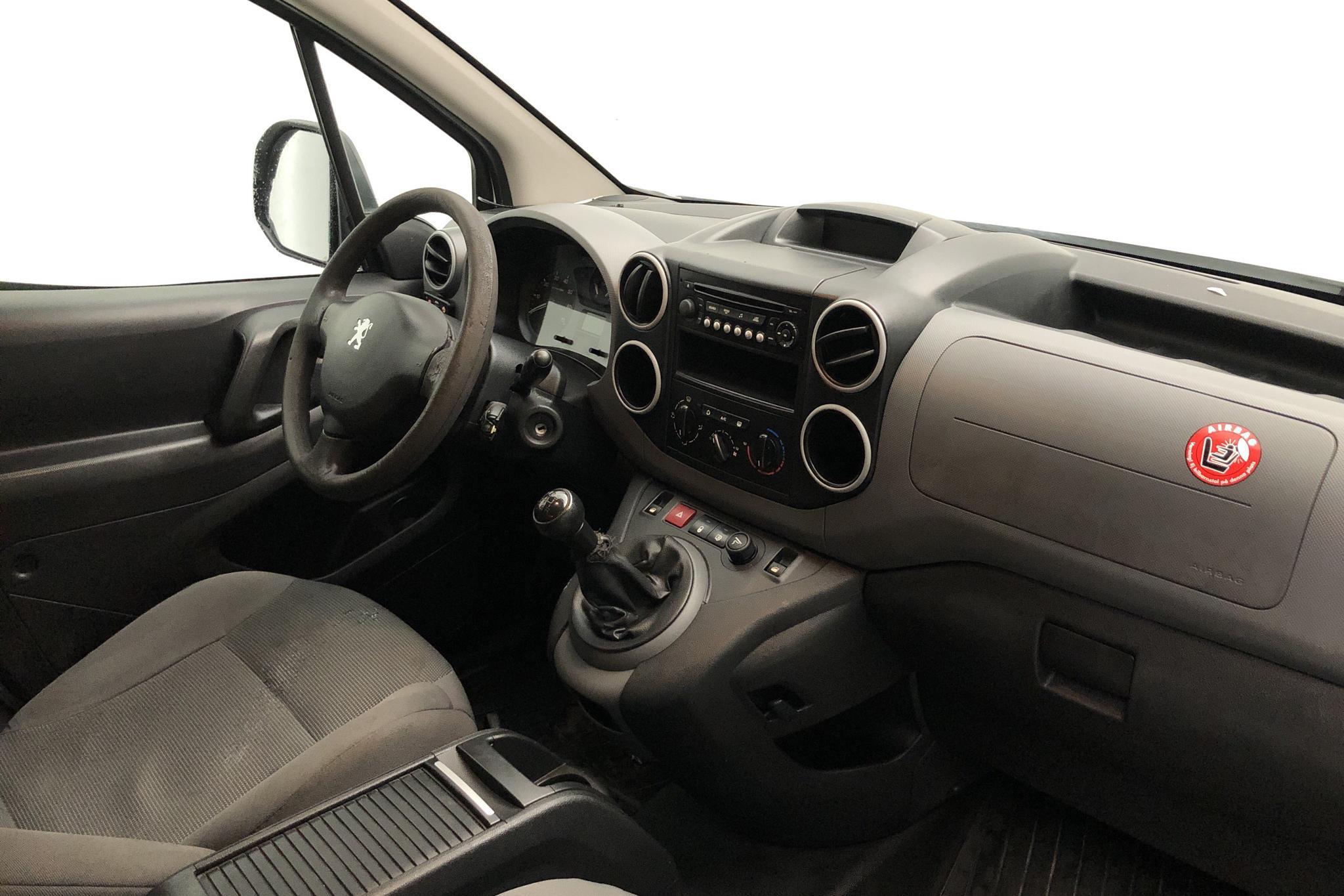 Peugeot Partner 1.6 HDI Skåp (90hk) - 19 438 mil - Manuell - vit - 2011