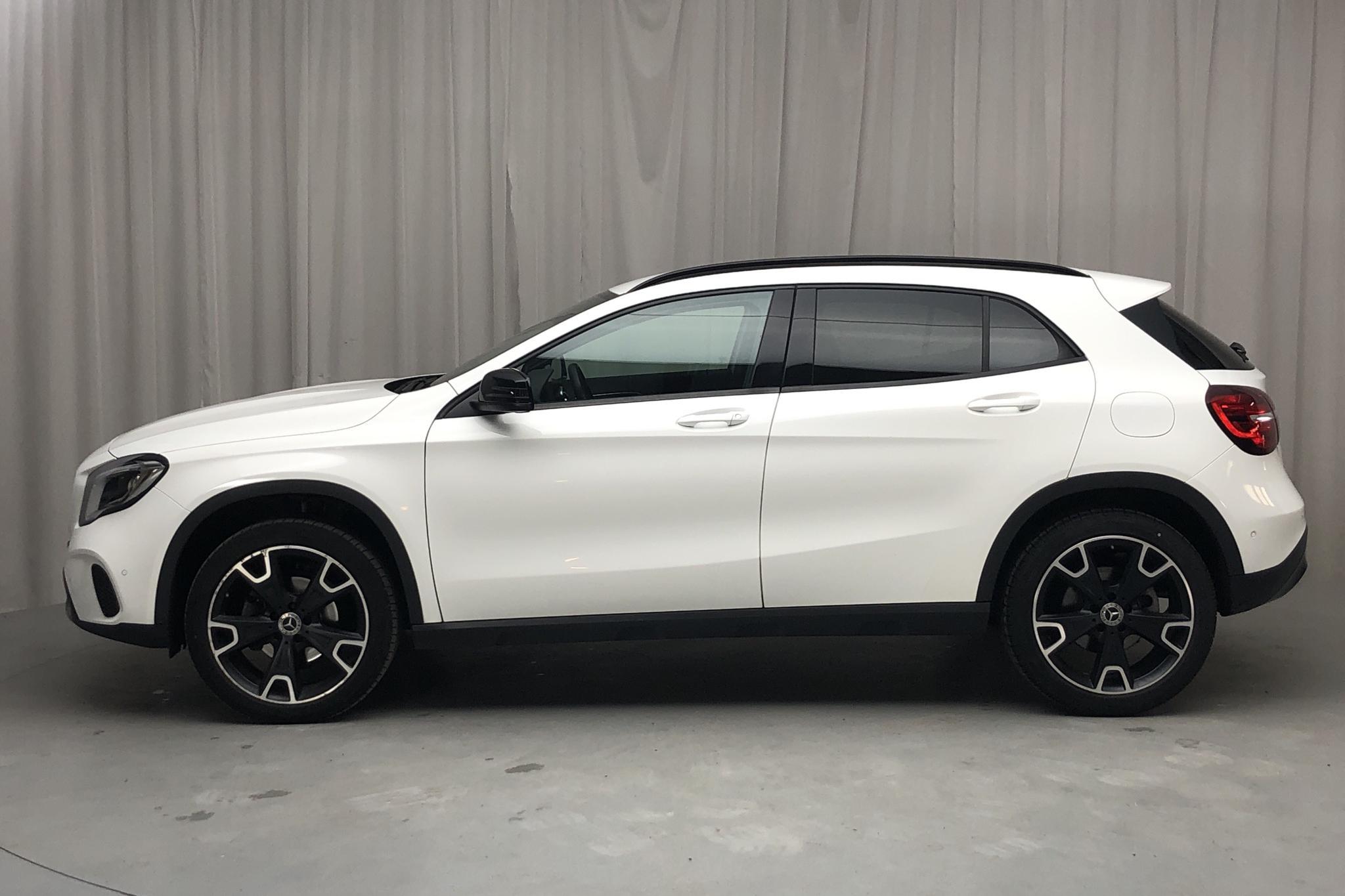 Mercedes GLA 180 d X156 (109hk) - 68 120 km - Manual - white - 2018