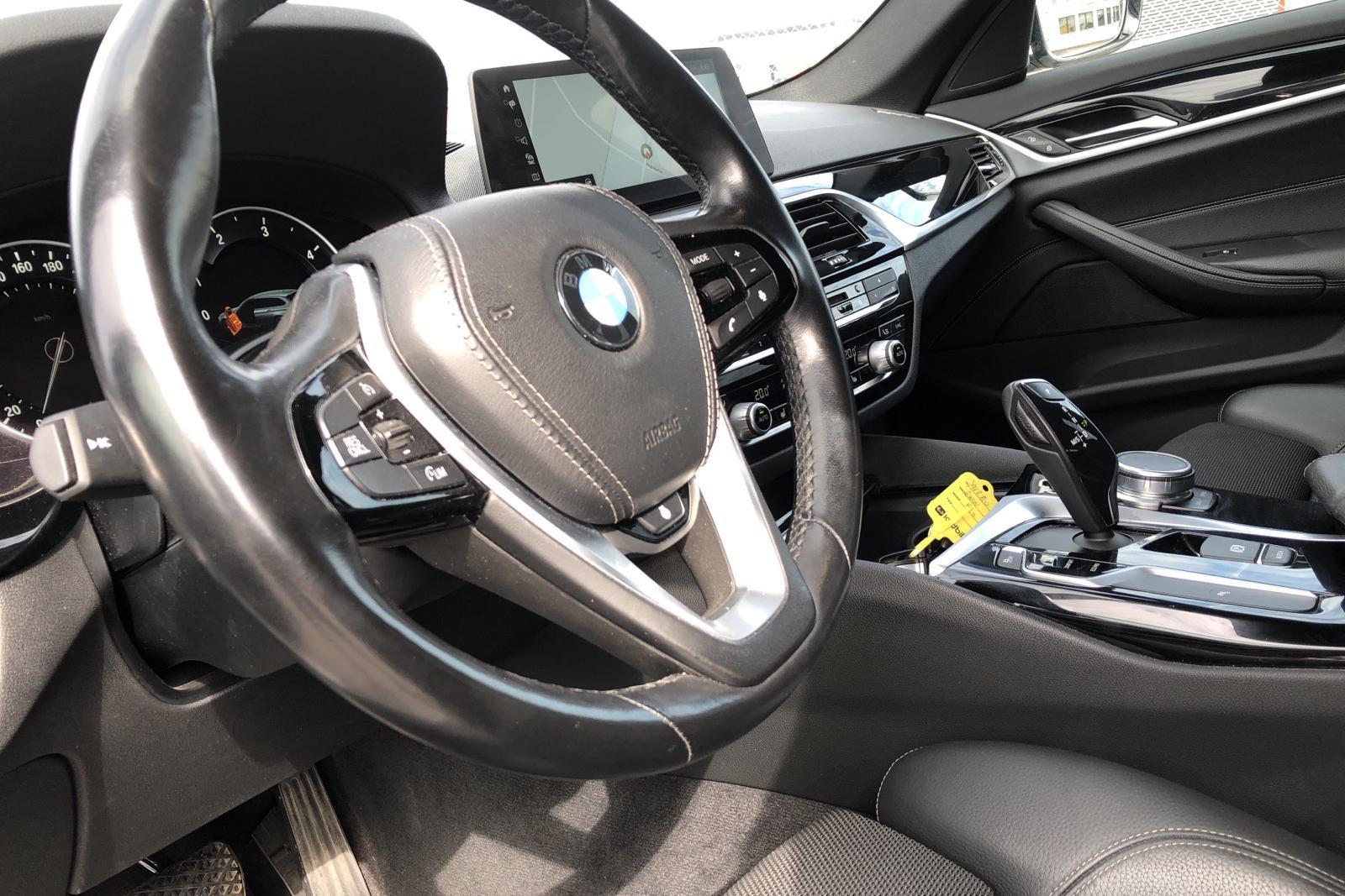 BMW 520d xDrive Touring, G31 (190hk) - 104 240 km - Automatic - white - 2018