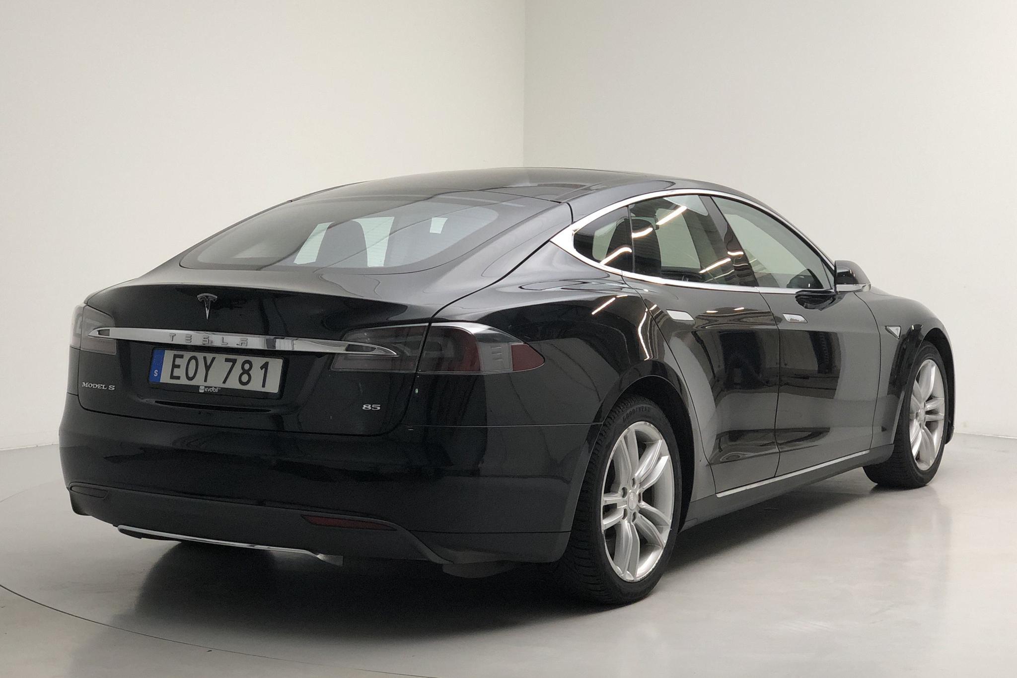 Tesla Model S 85 (367hk) - 13 955 mil - Automat - svart - 2014