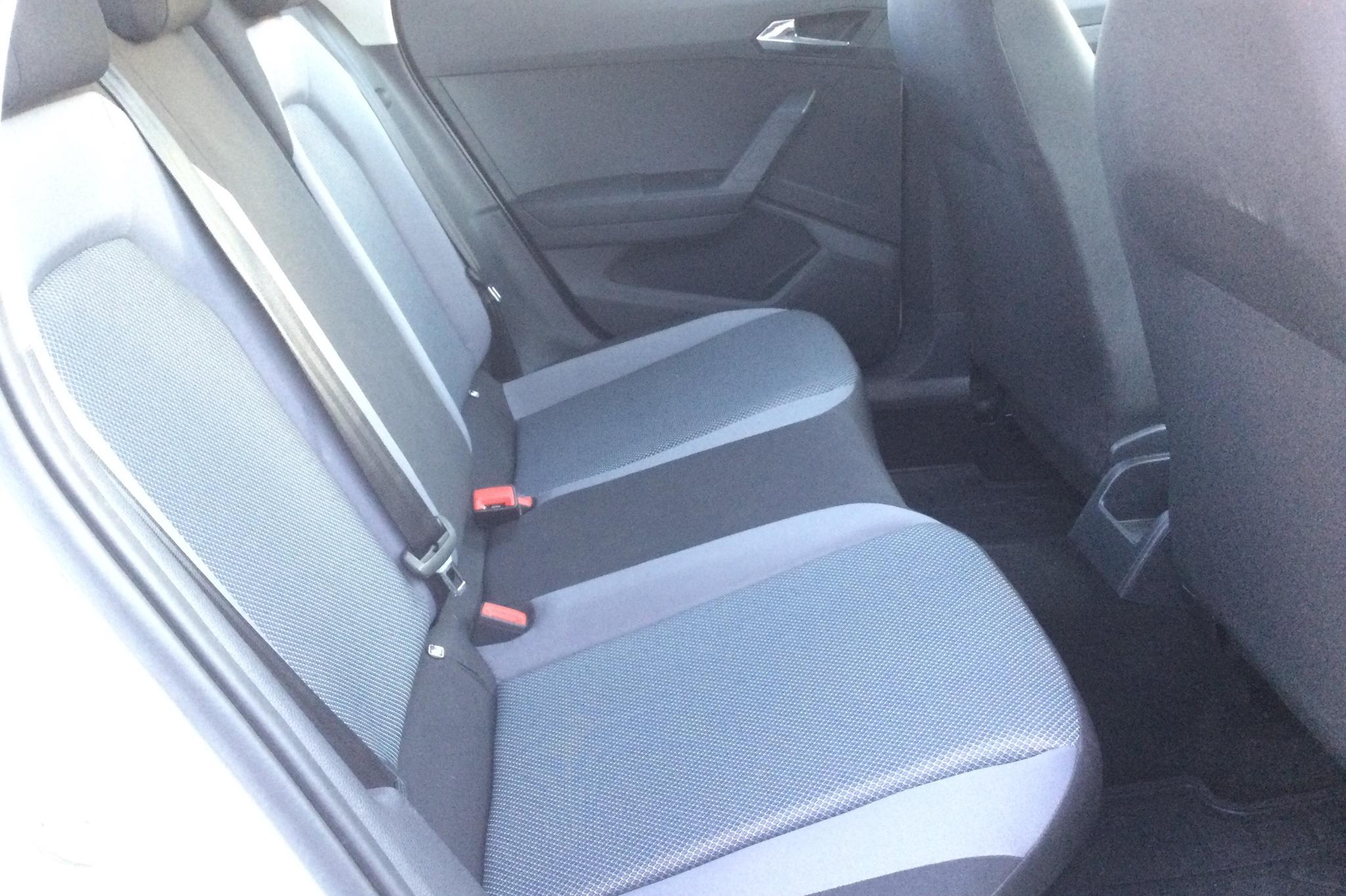 Seat Arona 1.0 TSI 5dr (95hk) - 6 371 mil - Manuell - vit - 2017