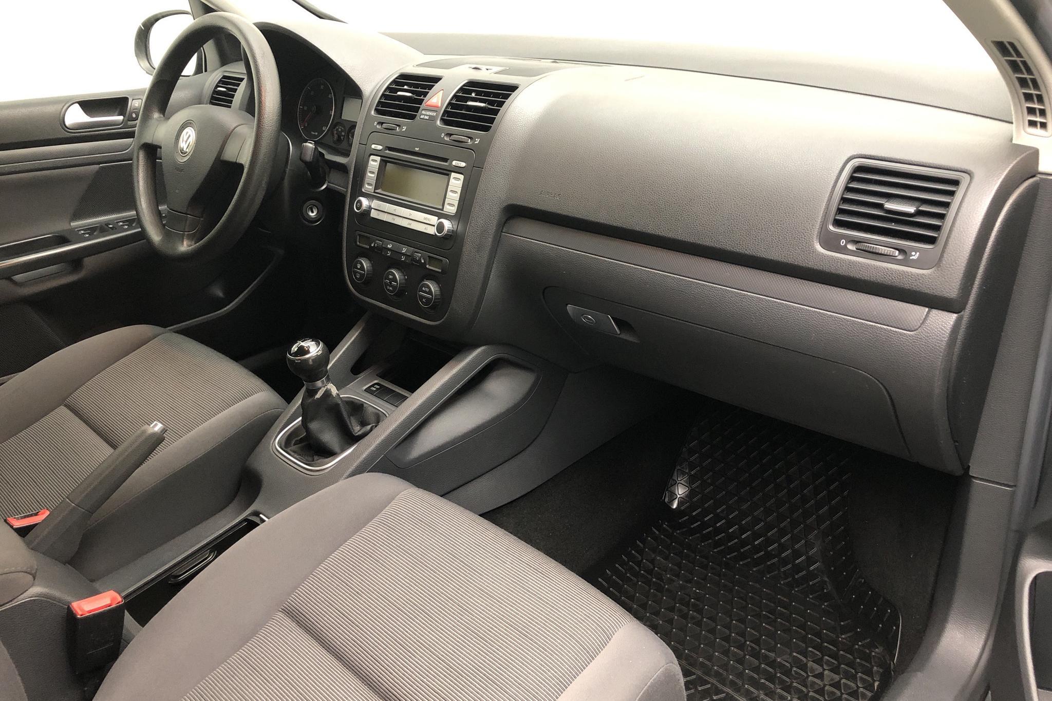 VW Golf A5 1.9 TDI 5dr (105hk) - 176 640 km - Manual - green - 2008