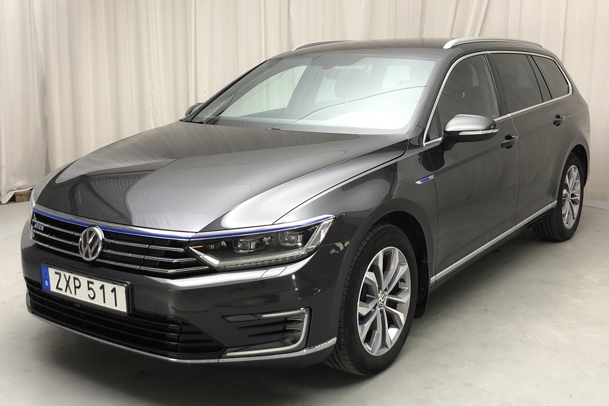 VW Passat 1.4 Plug-in-Hybrid Sportscombi (218hk) - 66 180 km - Automatic - Dark Grey - 2018