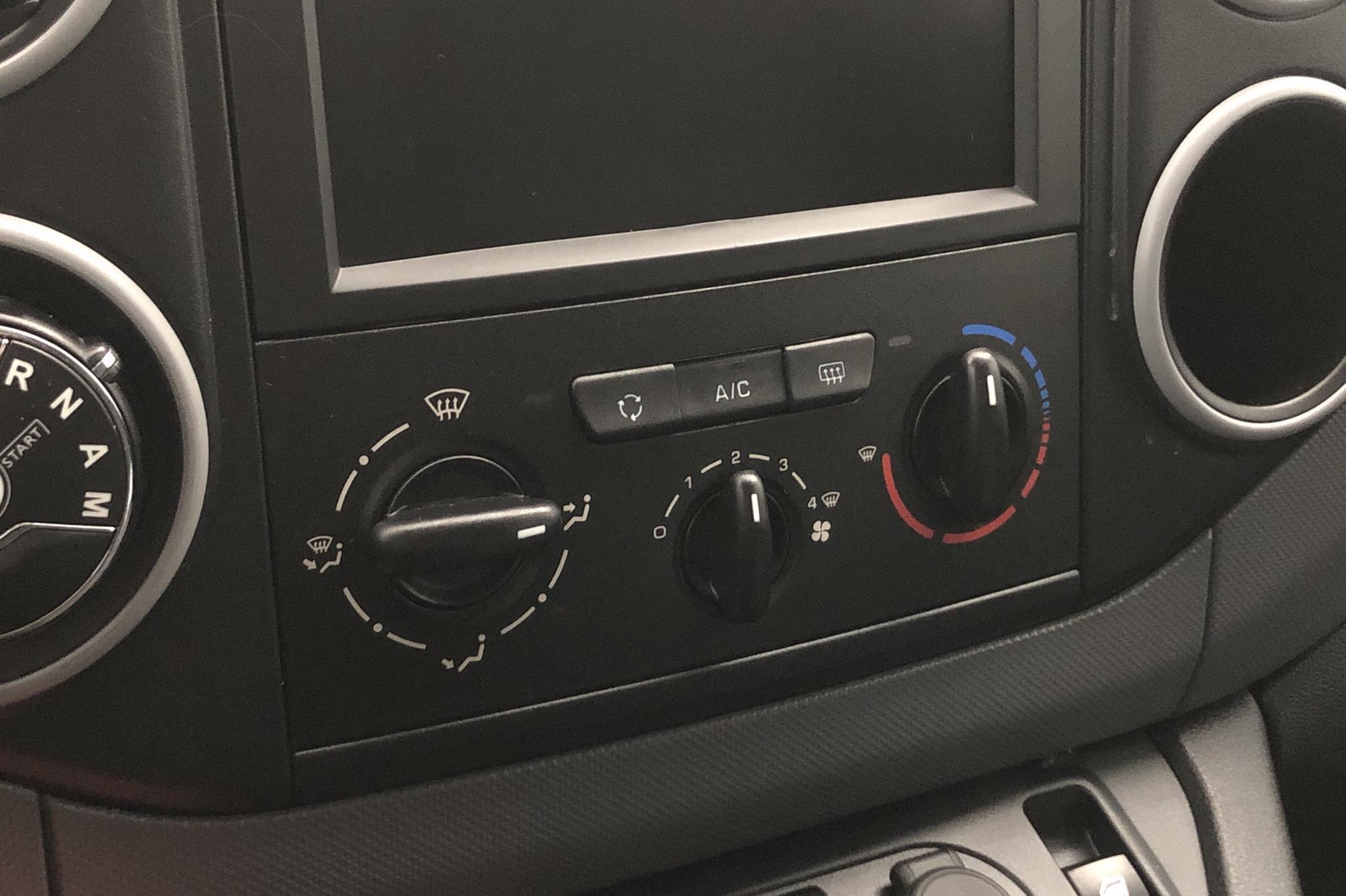 Citroen Berlingo 1.6 BlueHDi Skåp (100hk) - 4 465 mil - Automat - vit - 2018