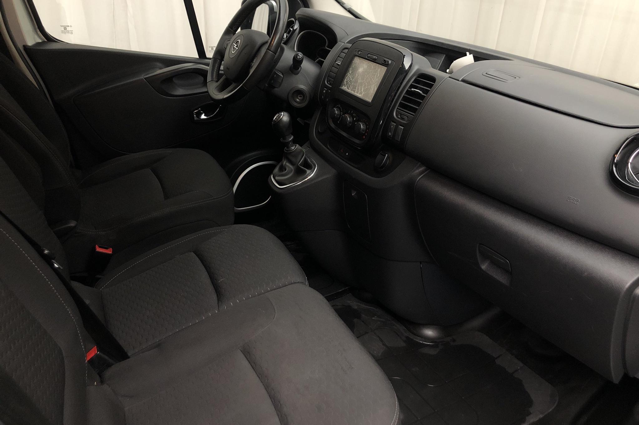 Opel Vivaro 1.6 CDTI (120hk) - 150 240 km - Manual - gray - 2016