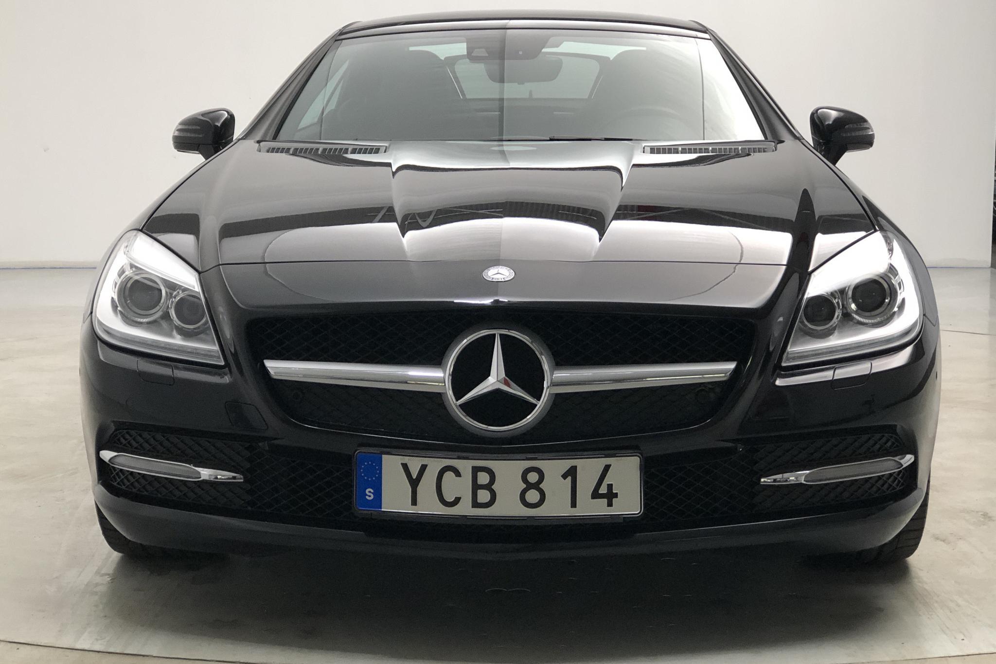 Mercedes SLK 350 V6 R172 (306hk) - 34 540 km - Automatic - black - 2012