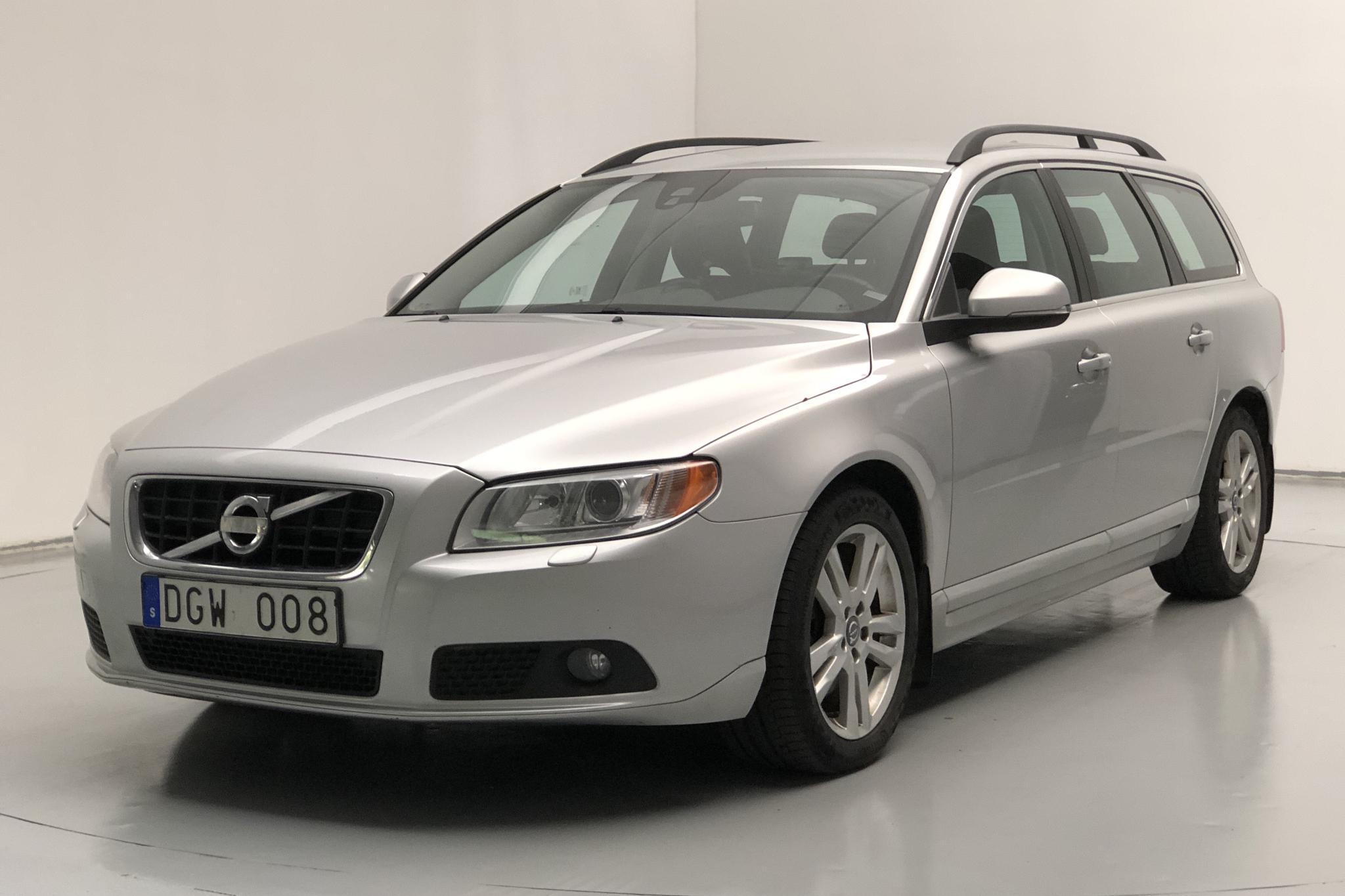 Volvo V70 II D4 (163hk) - 22 724 mil - Manuell - Light Grey - 2013