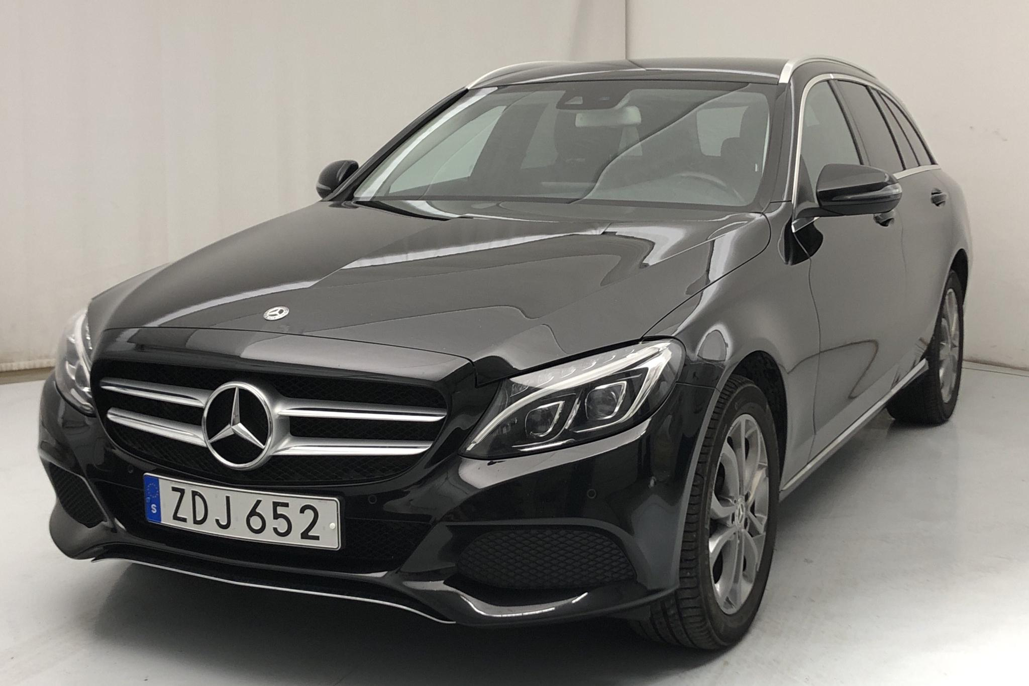 Mercedes C 200 4MATIC Kombi S205 (184hk)