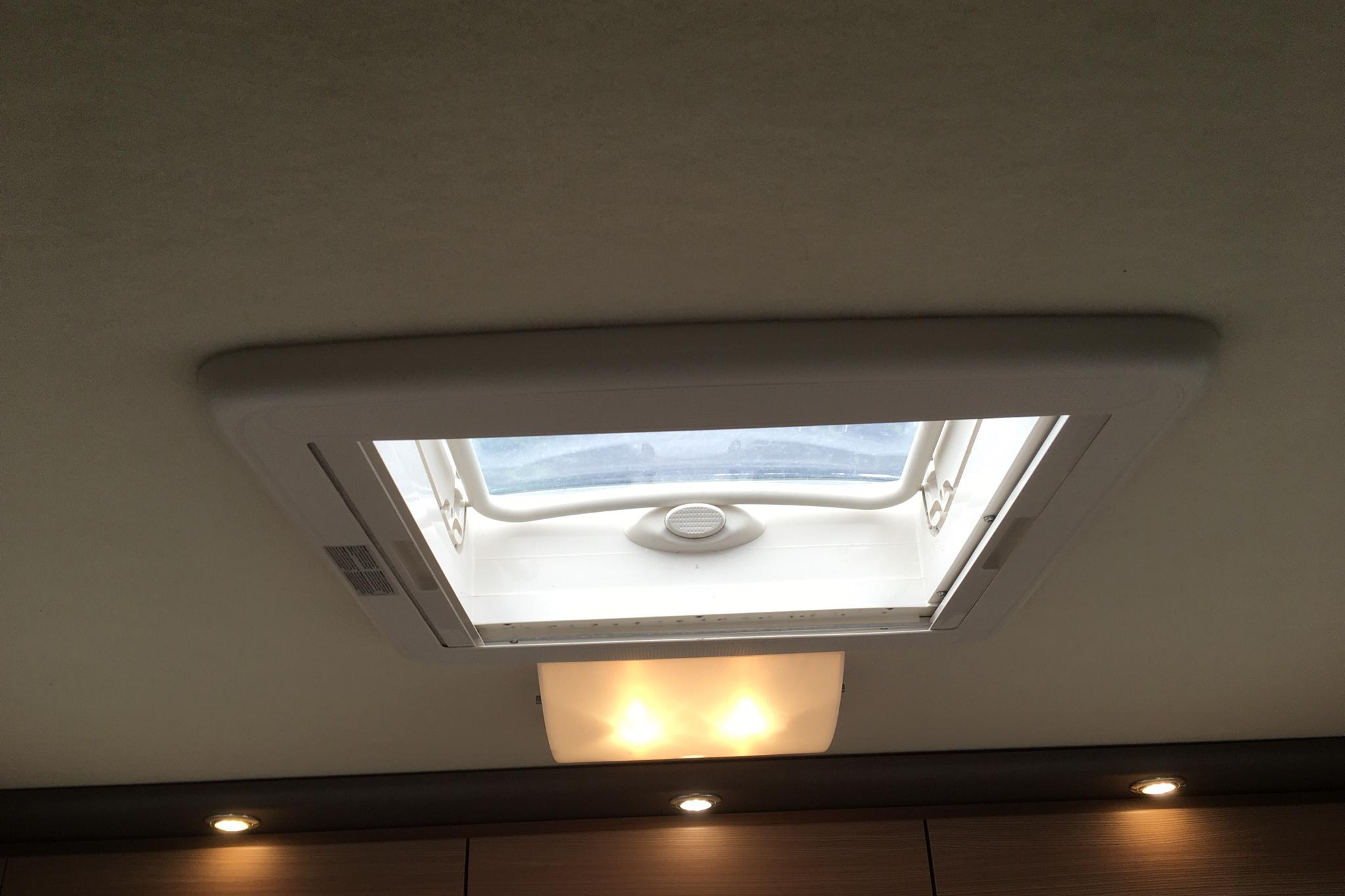 FIAT KNAUS Sky i 700  Husbil - 50 520 km - Manual - 2012