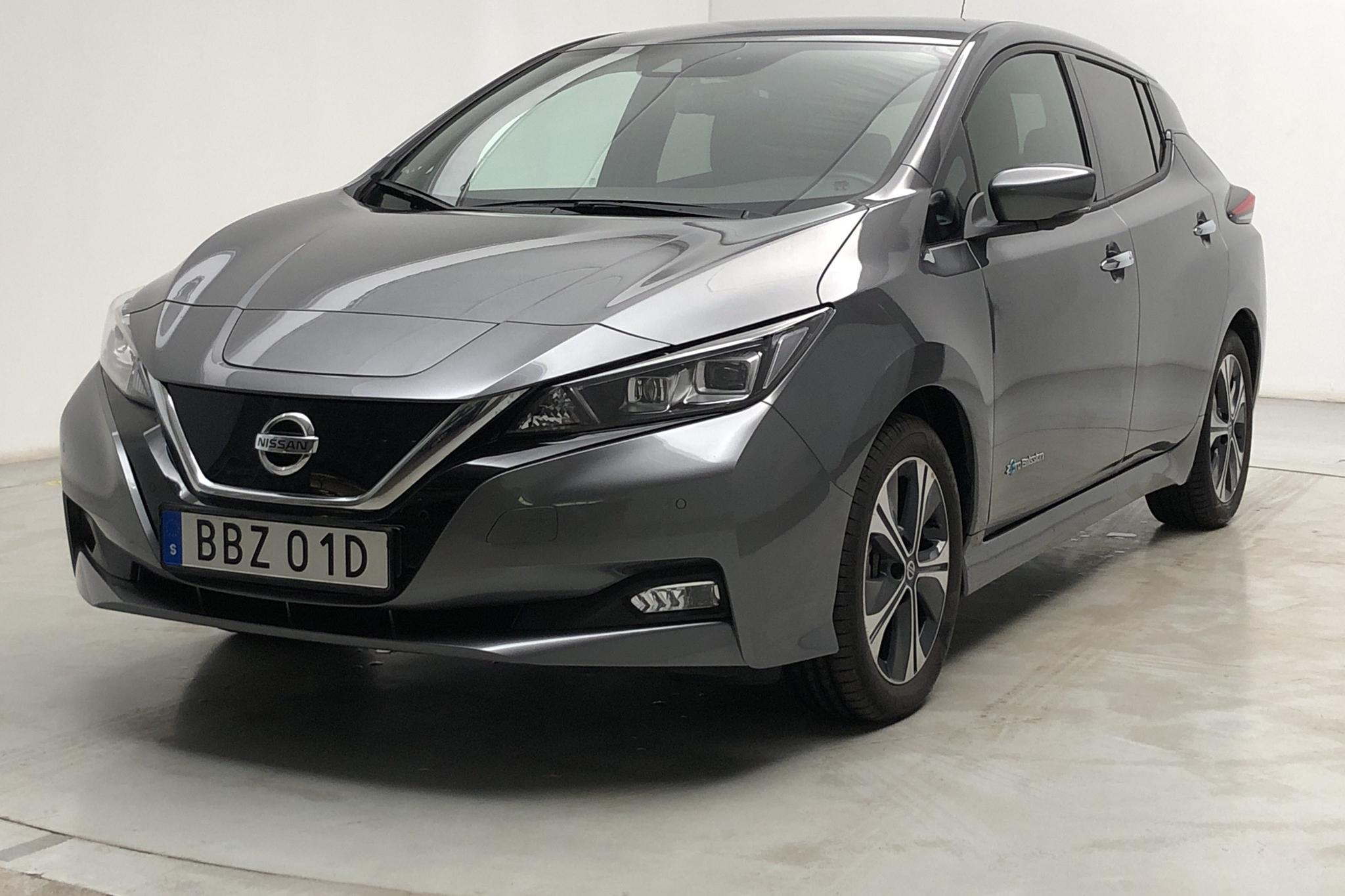 Nissan LEAF 5dr 40 kWh (150hk) - 7 720 km - Automatic - gray - 2020