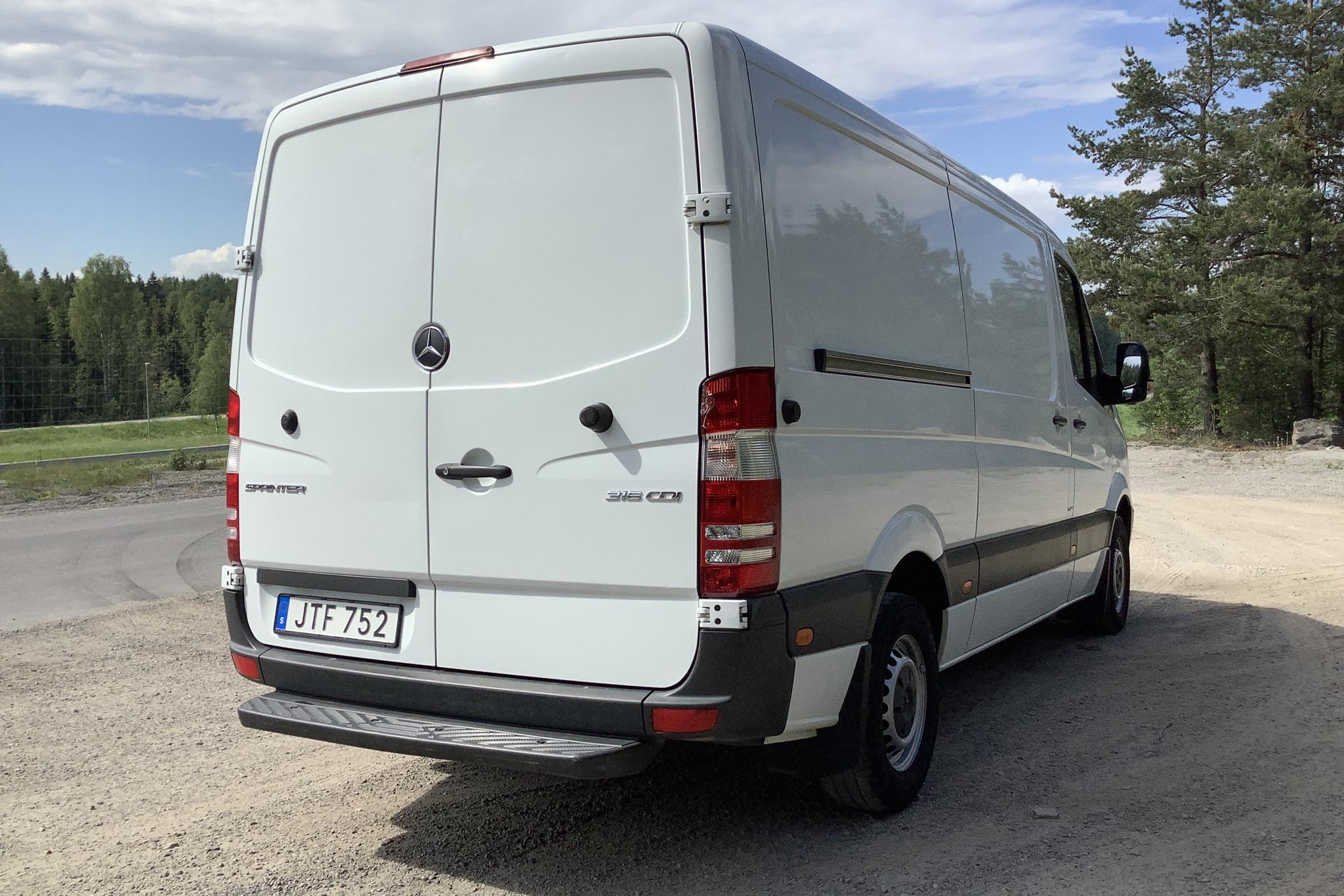 Mercedes Sprinter 316 CDI (163hk) - 27 293 mil - Manuell - vit - 2016