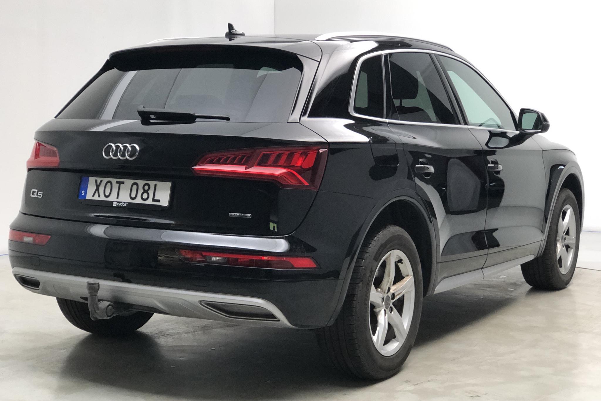 Audi Q5 35 TDI quattro (163hk) - 50 510 km - Automatic - black - 2020