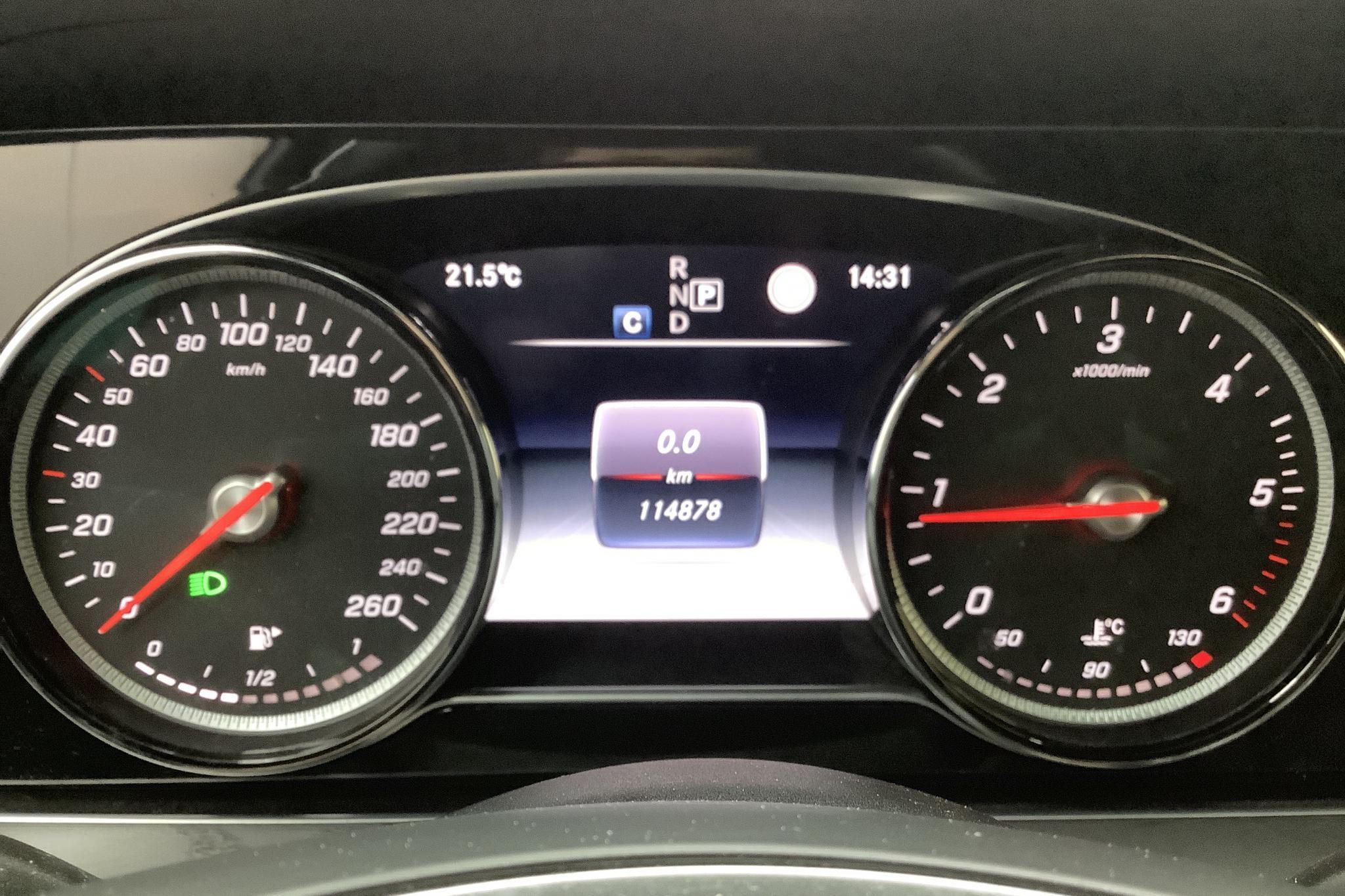Mercedes E 220 d 4MATIC Kombi S213 (194hk) - 114 880 km - Automatic - Dark Brown - 2018