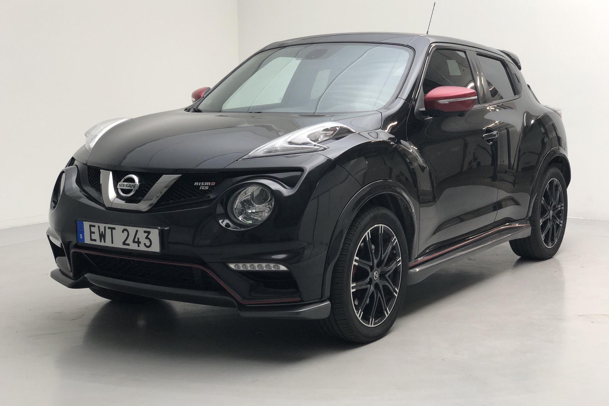 Nissan Juke 1.6 4WD (214hk) - 7 062 mil - Automat - svart - 2015