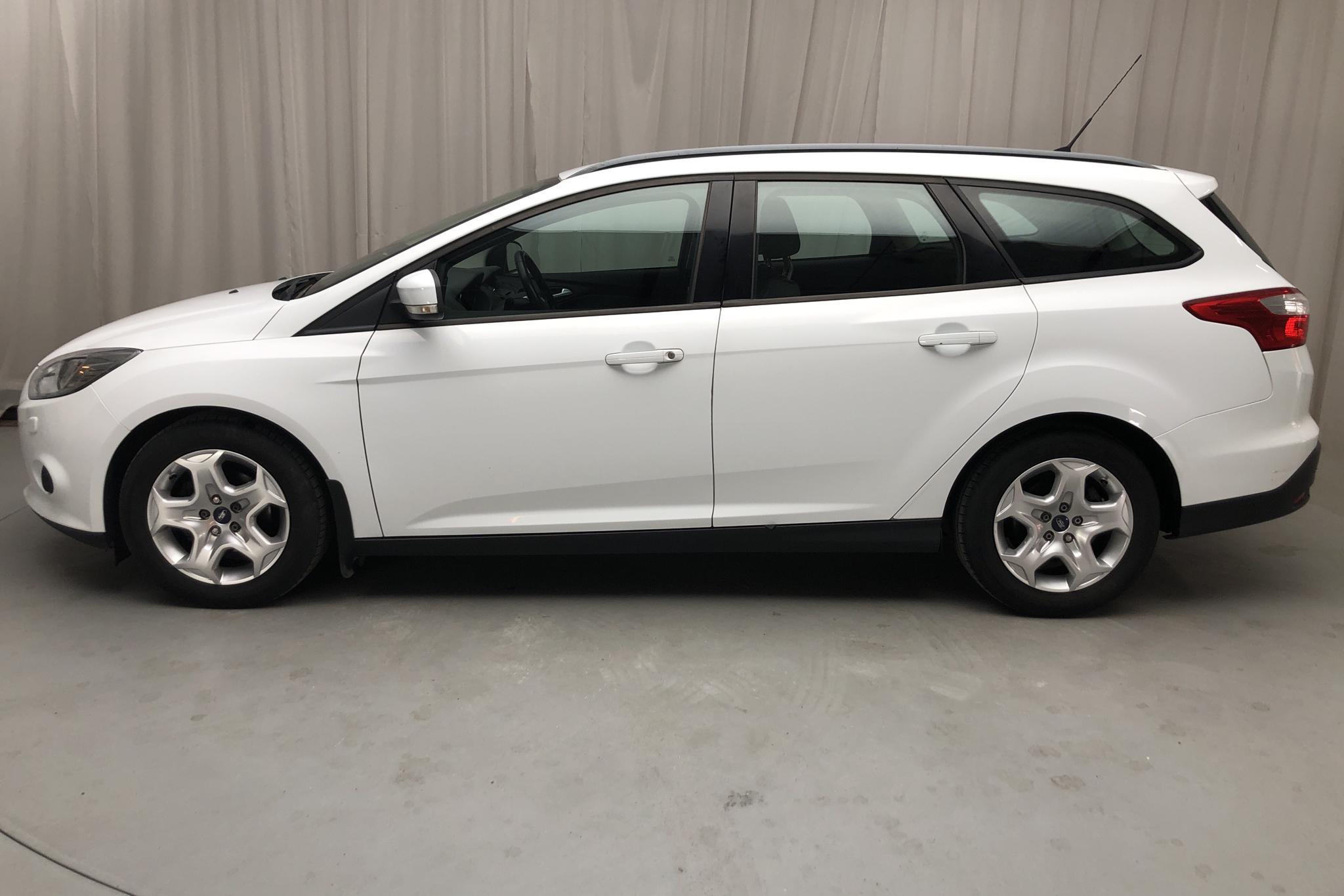 Ford Focus 1.6 TDCi Kombi (95hk) - 79 100 km - Manual - white - 2012