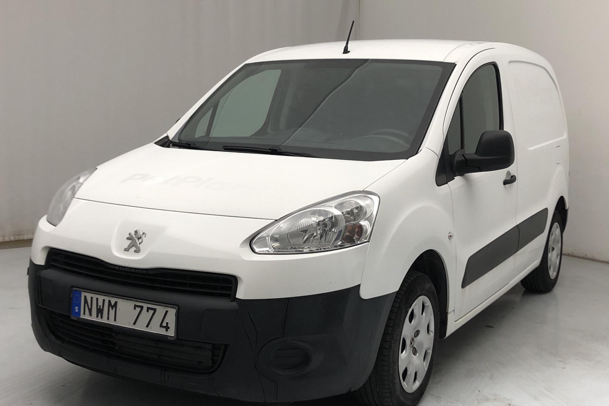 Peugeot Partner 1.6 e-HDI Skåp (90hk) - 139 670 km - Automatic - white - 2013