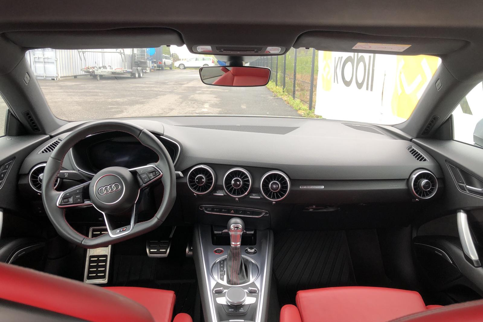 Audi TT S 2.0 TFSI Coupé quattro (310hk) - 5 720 mil - Automat - vit - 2018