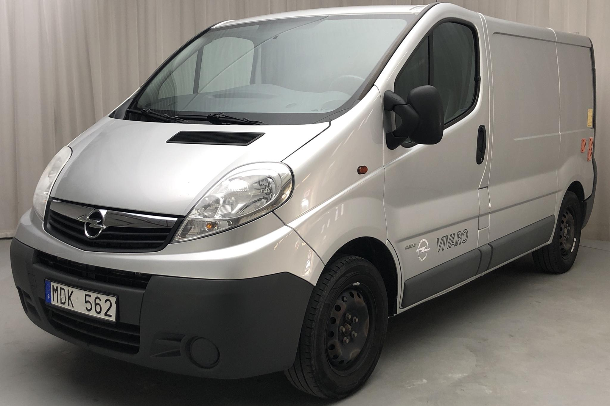 Opel Vivaro 2.0 CDTI (114hk) - 11 433 mil - Manuell - grå - 2012