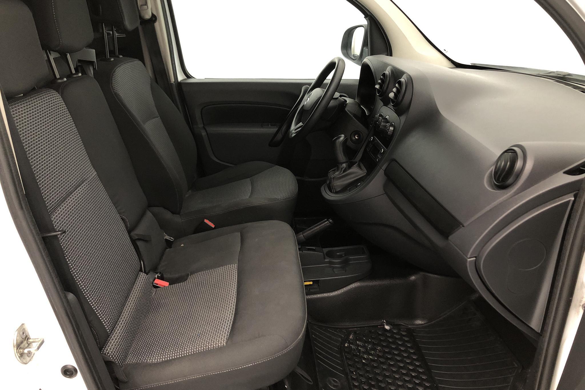 Mercedes Citan 109 1.5 CDI (90hk) - 14 887 mil - Manuell - vit - 2017