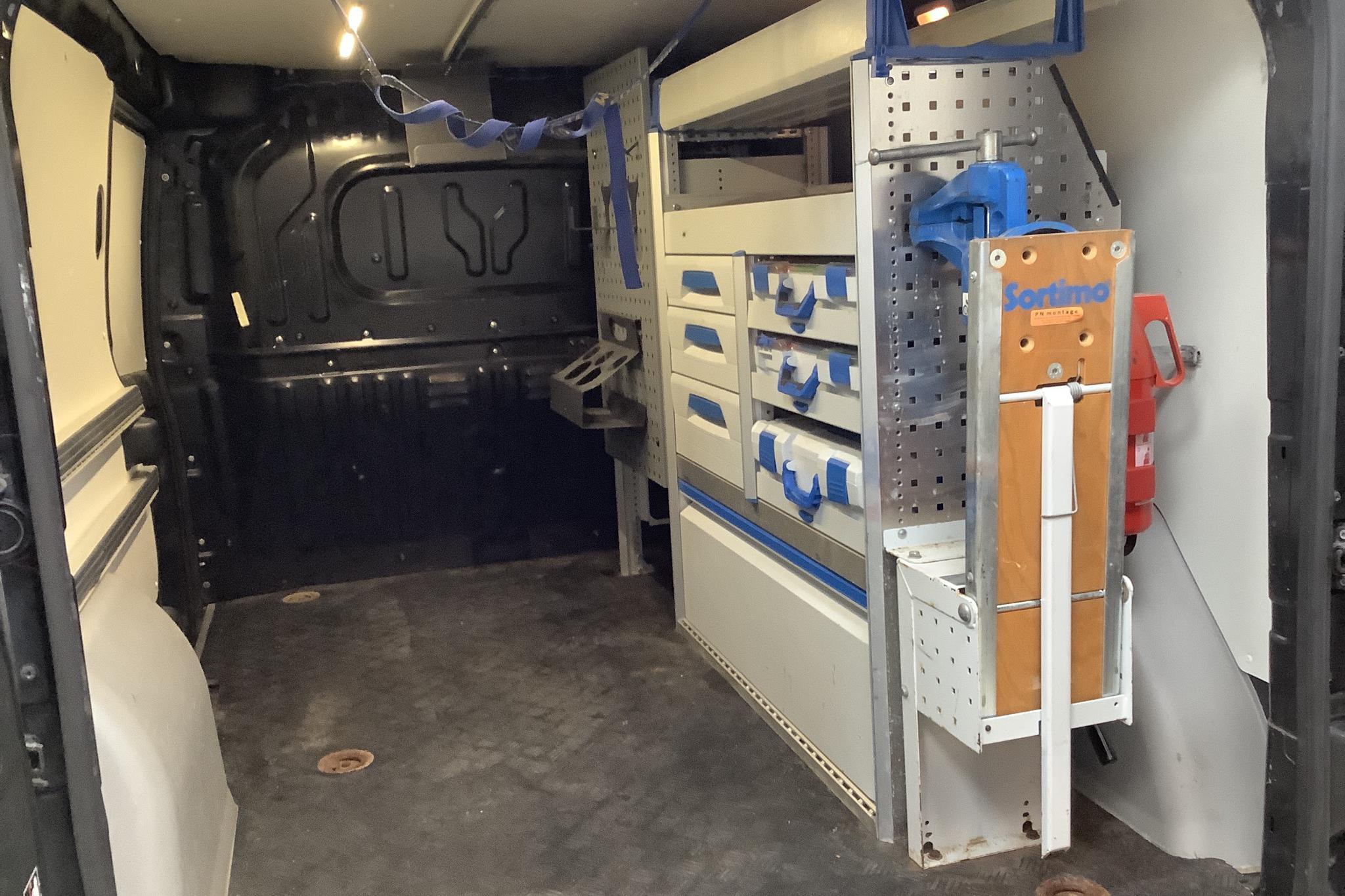 Fiat Doblo Cargo 1.4 CNG (95hk) - 8 328 mil - Manuell - svart - 2014