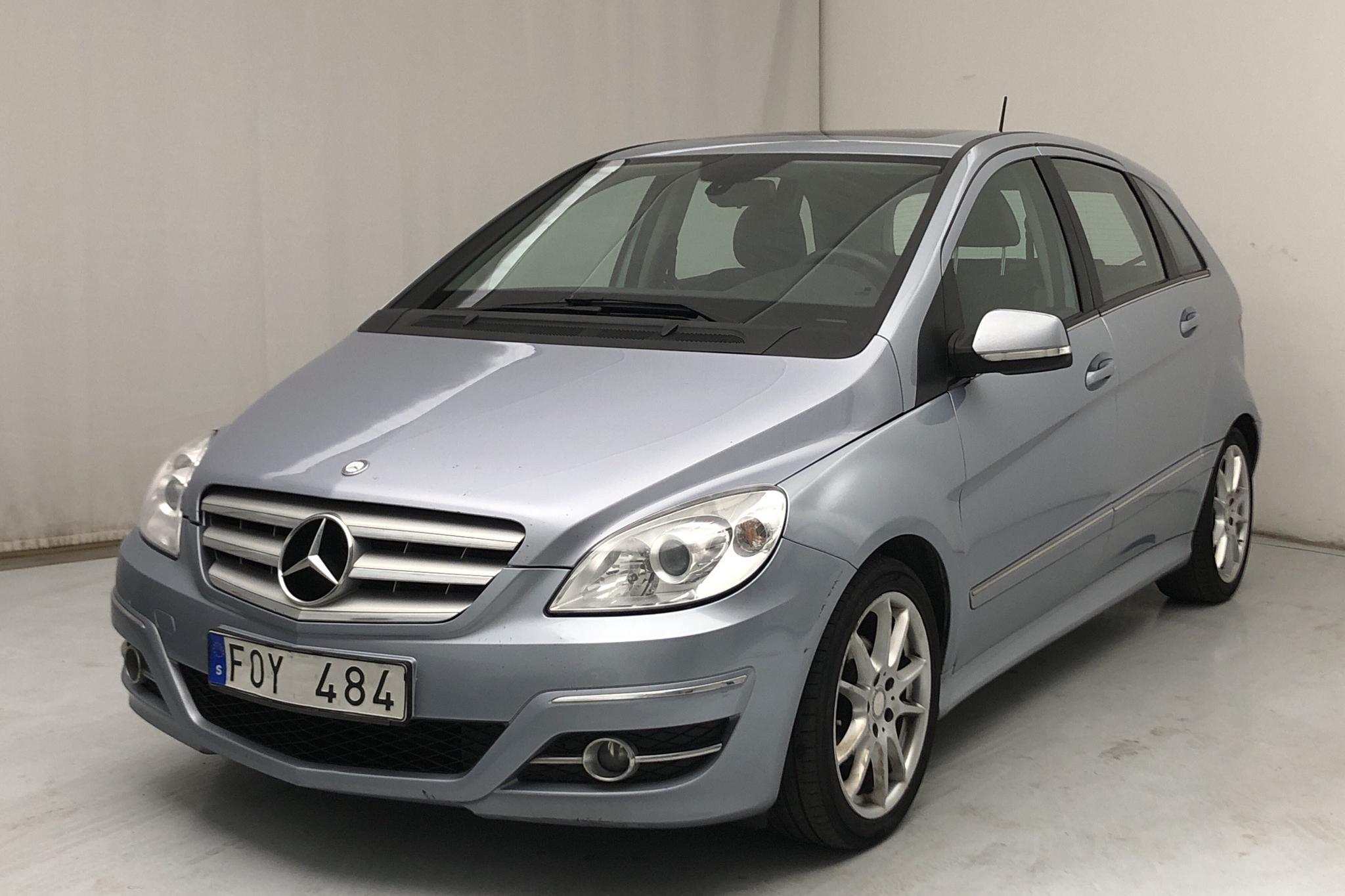 Mercedes B 180 (116hk)