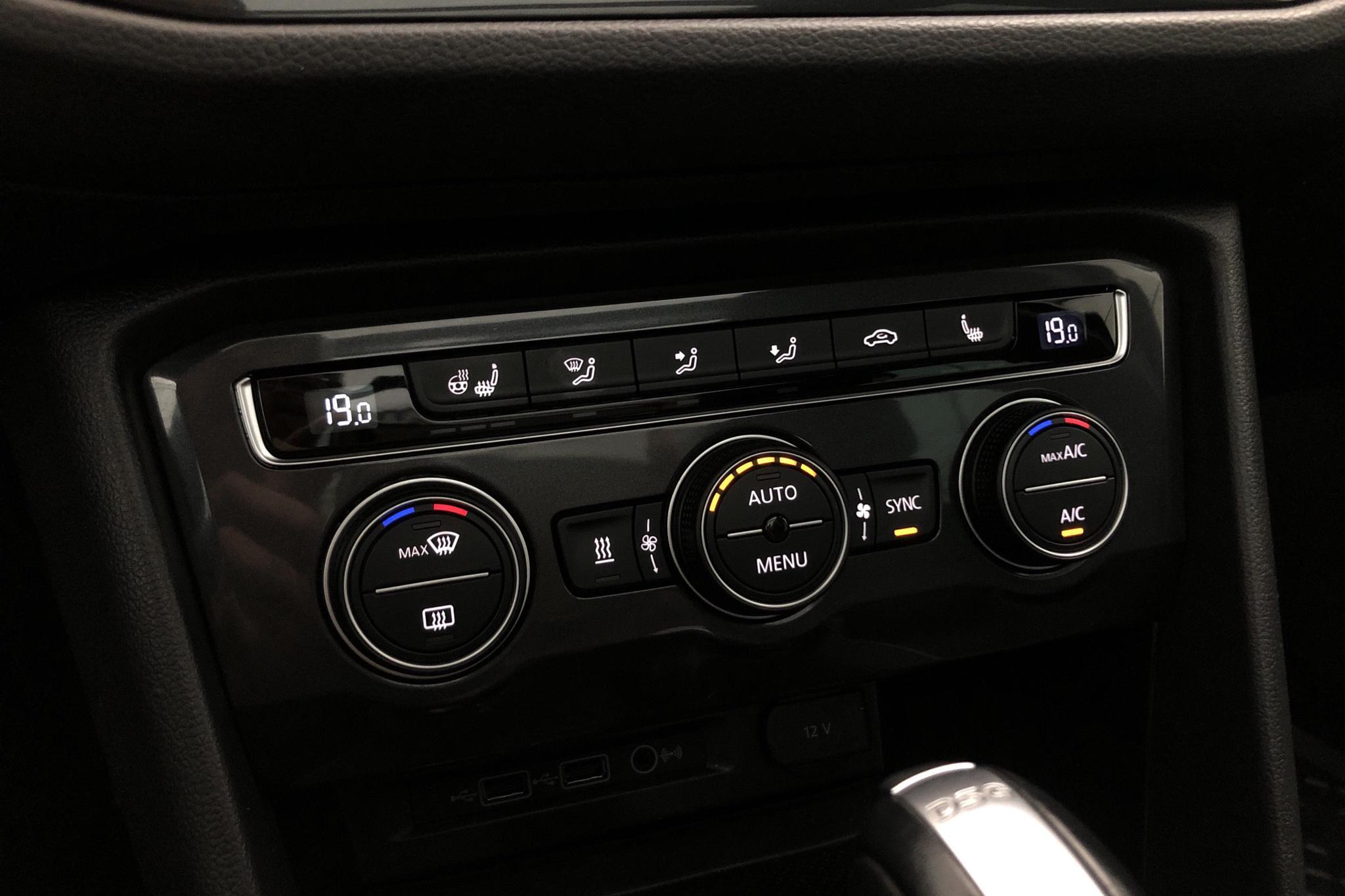 VW Tiguan 2.0 TDI 4MOTION (190hk) - 7 600 mil - Automat - svart - 2018