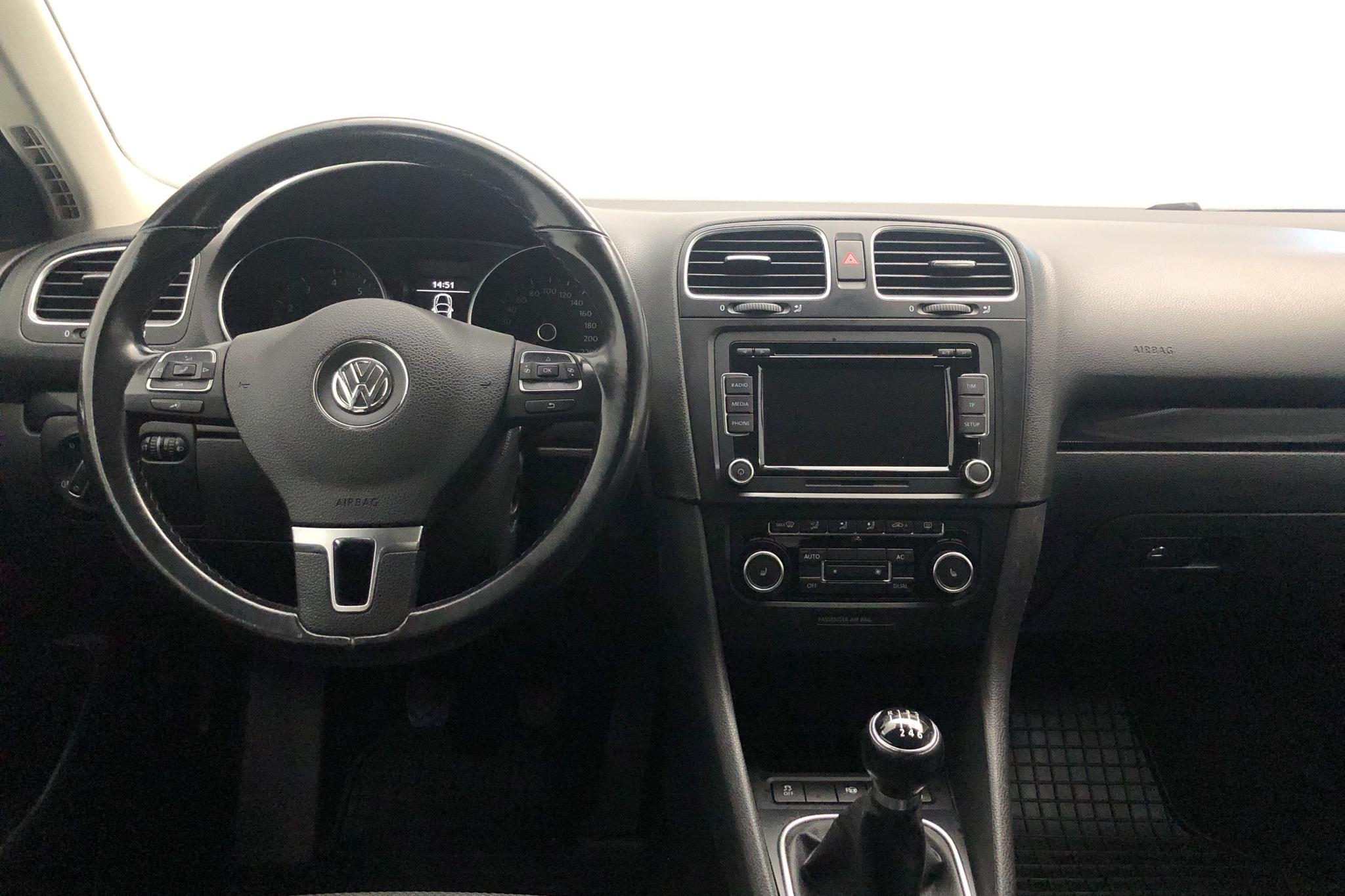 VW Golf VI 1.4 TSI Variant (122hk) - 173 700 km - Manual - silver - 2011