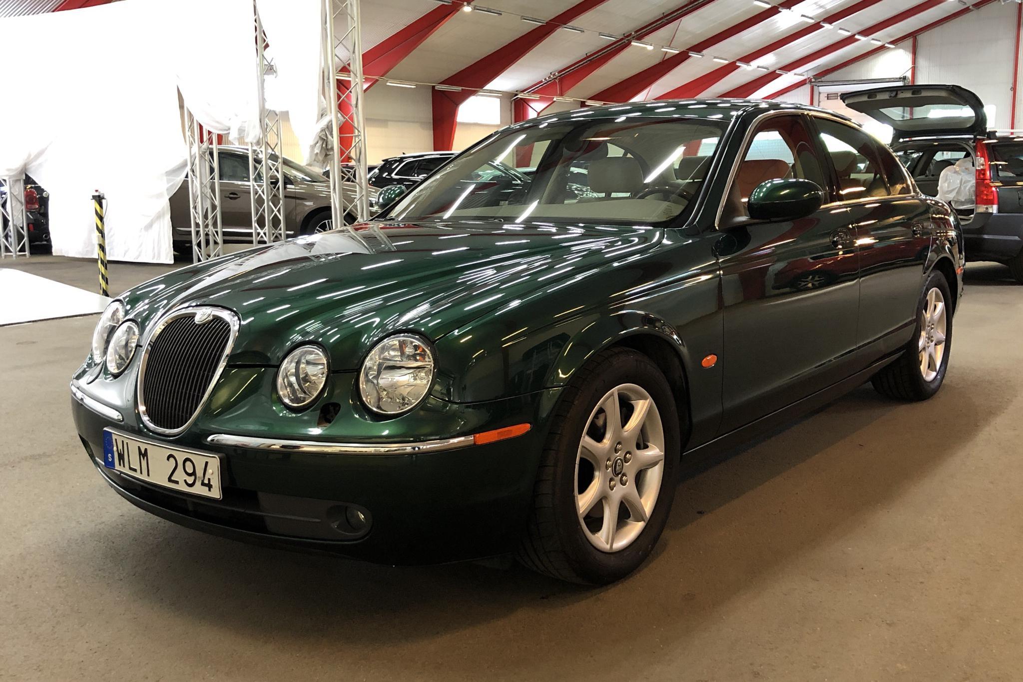 Jaguar S-type 2.5 V6 (200hk) - 3 405 mil - Automat - grön - 2005