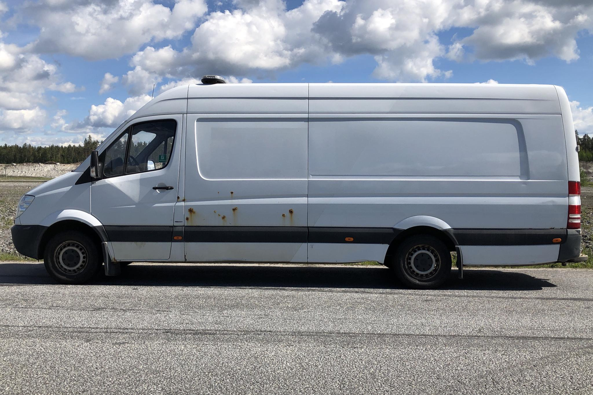 Mercedes Sprinter 316 CDI (163hk) - 402 980 km - Automatic - white - 2013