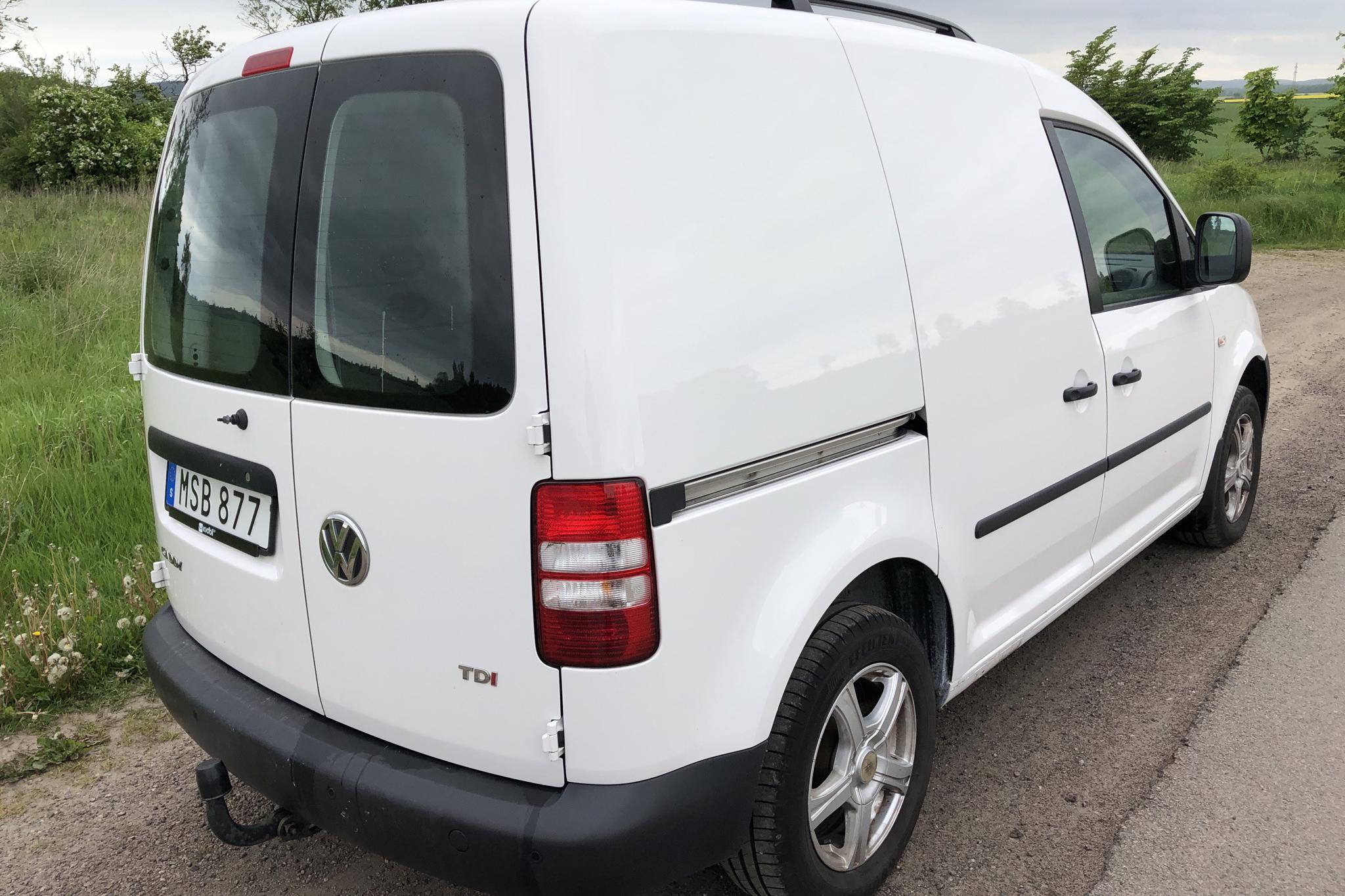 VW Caddy 1.6 TDI Skåp (102hk) - 156 410 km - Manual - white - 2015