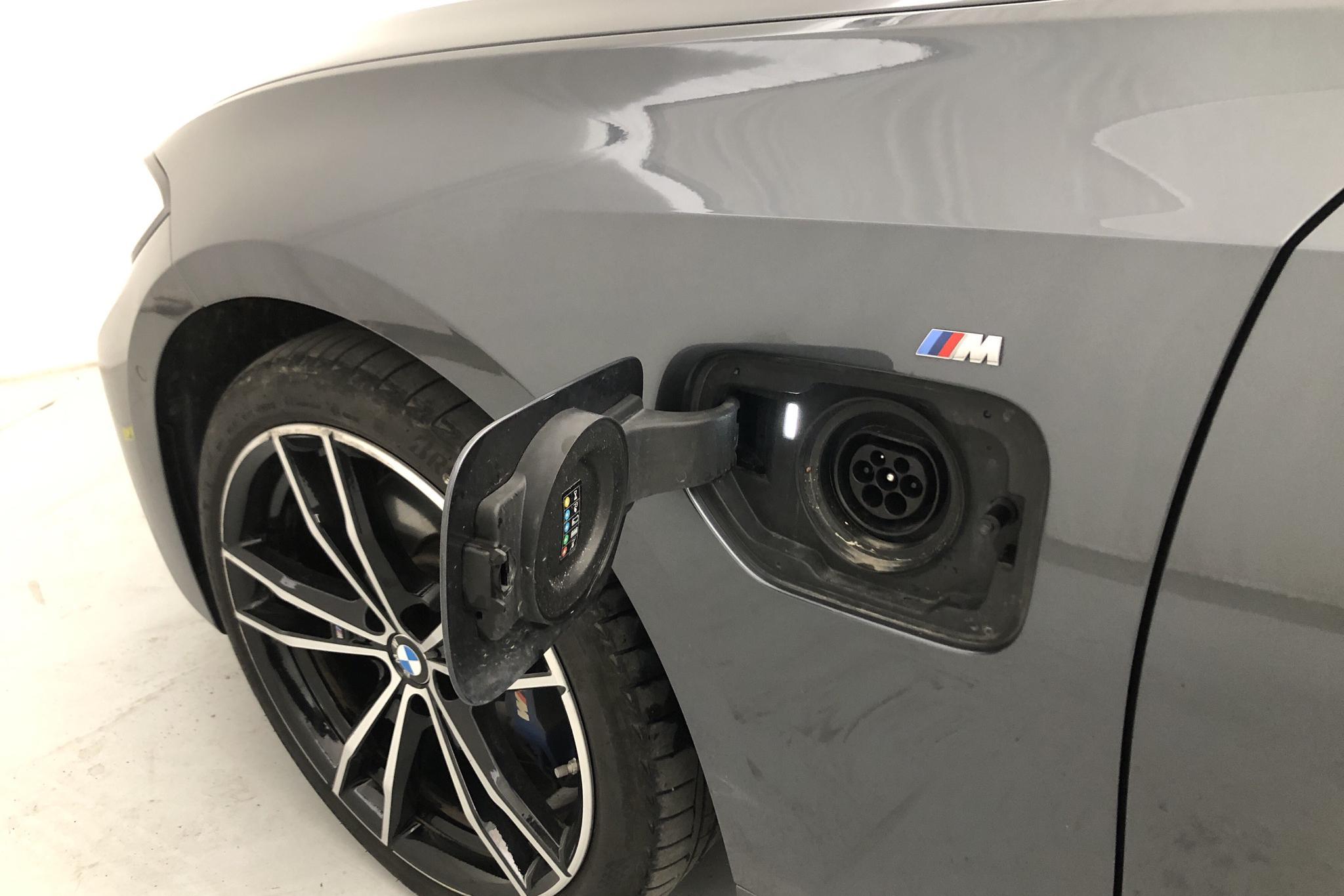 BMW 330e Sedan, G20 (292hk) - 3 674 mil - Automat - grå - 2020