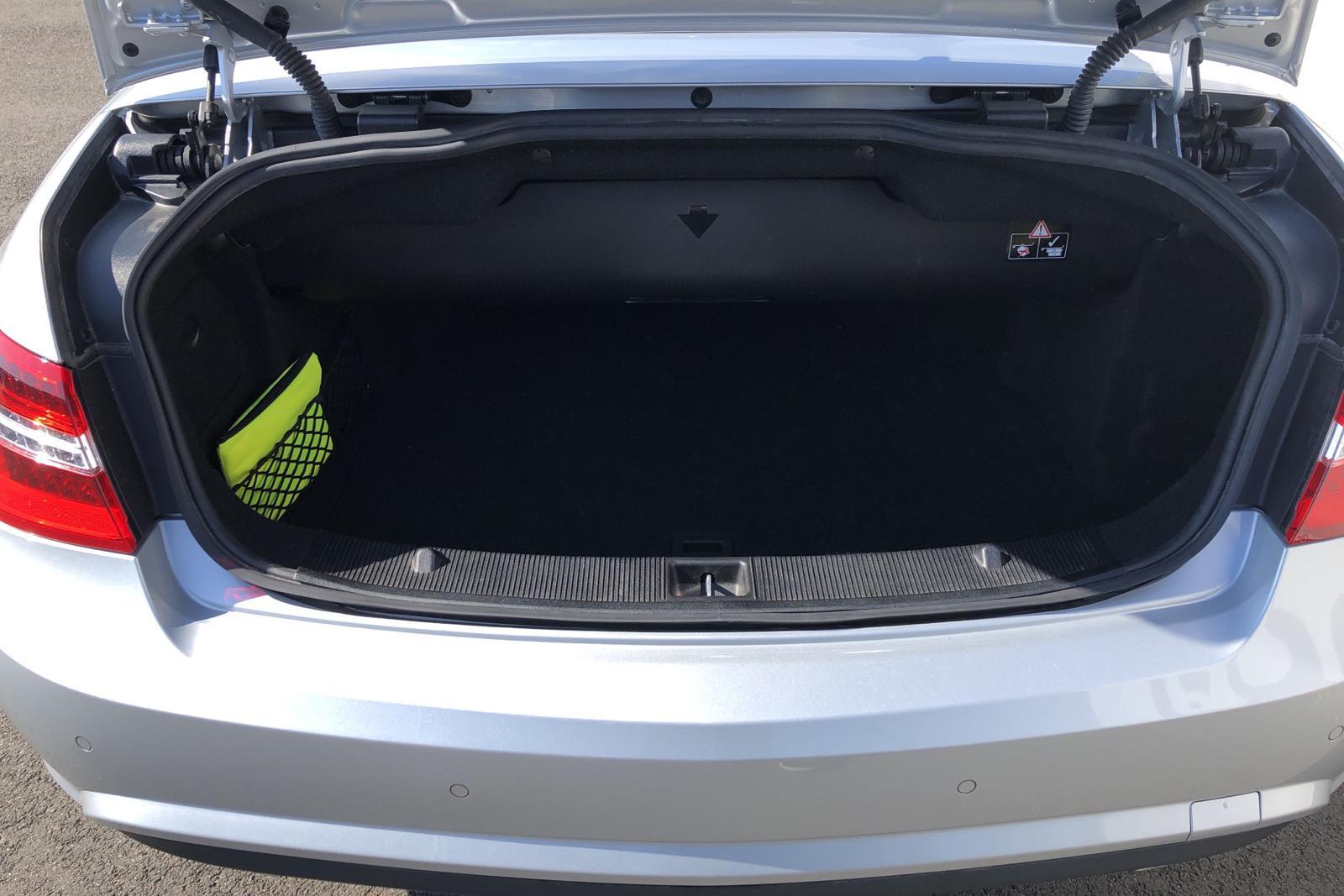 Mercedes E 350 CDI BlueEfficiency Cabriolet A207 (231hk) - 5 773 mil - Automat - grå - 2011