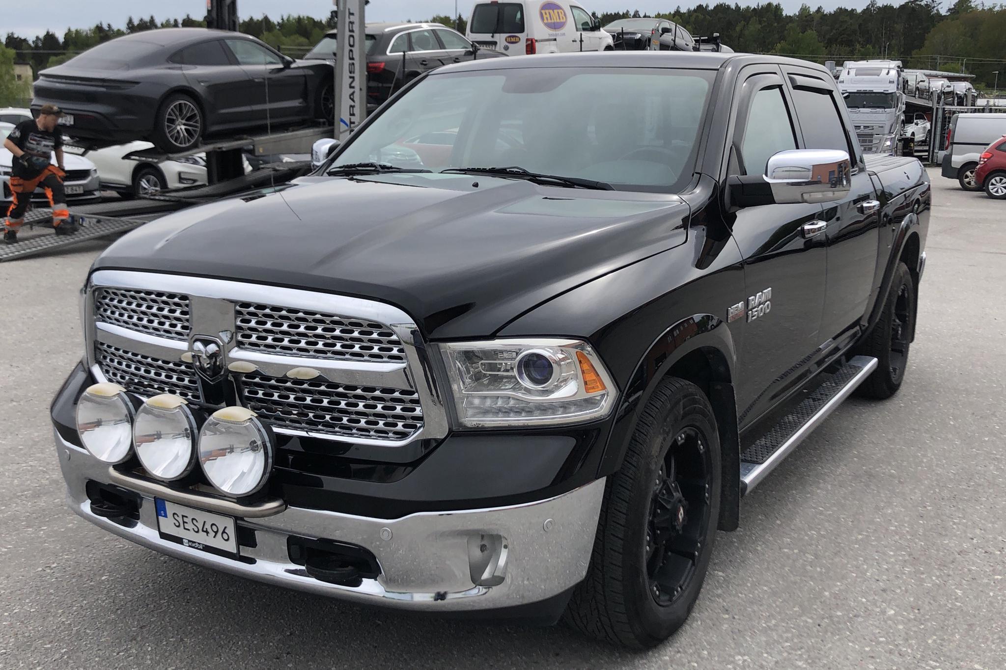 Dodge RAM 1500 5.7 4WD (401hk) - 168 480 km - Automatic - black - 2014