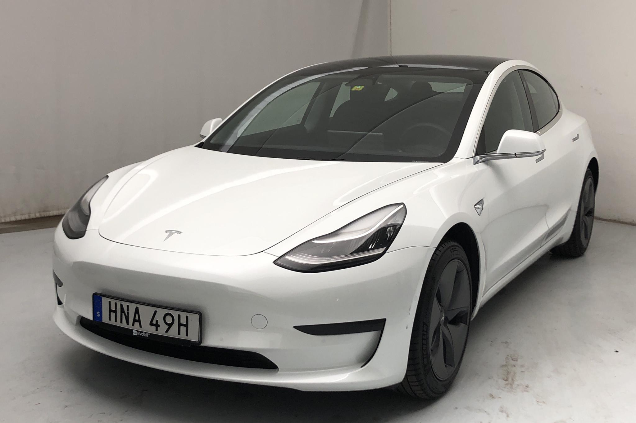 Tesla Model 3 Standard Range RWD - 31 350 km - Automatic - white - 2019