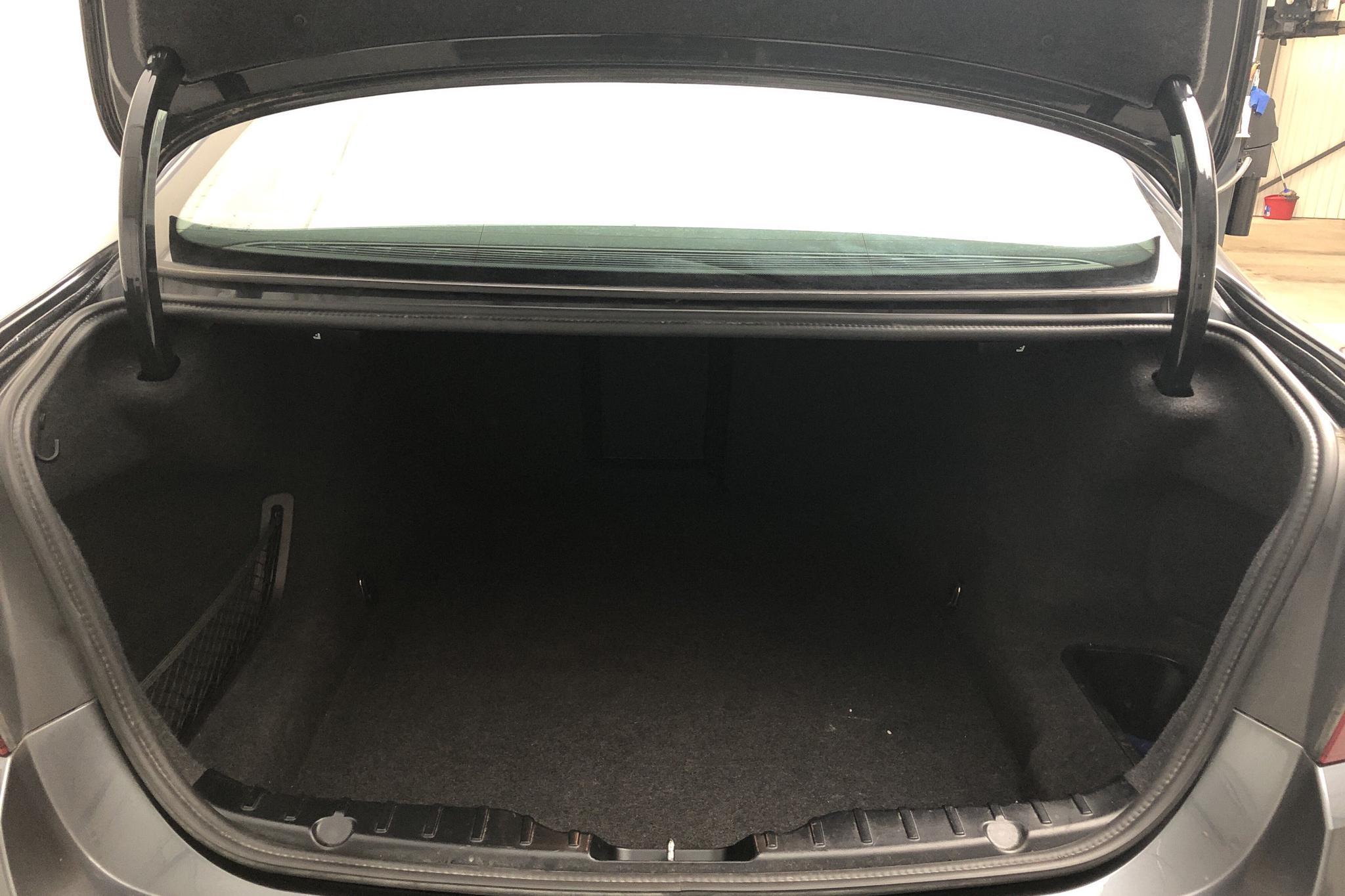 BMW 520d xDrive Sedan, F10 (190hk) - 60 090 km - Automatic - gray - 2016