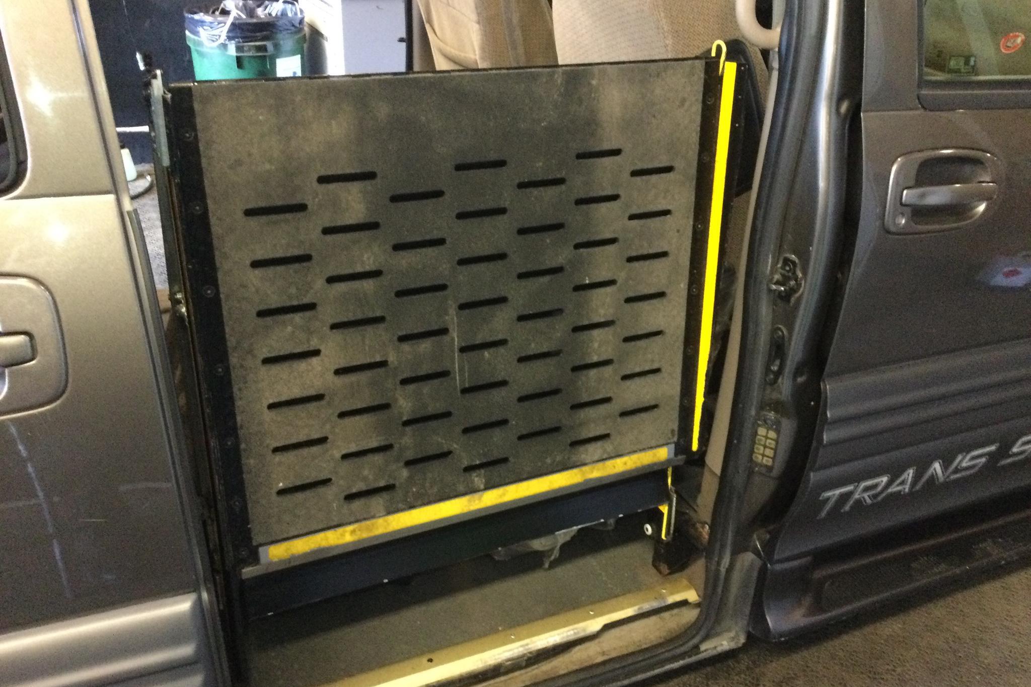 Chevrolet Trans Sport 3.4 V6 (188hk) - 4 700 mil - Automat - brun - 2002