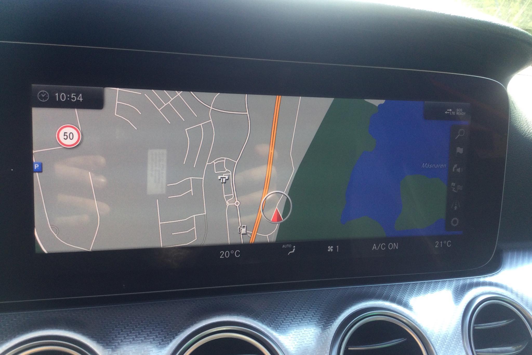 Mercedes E 220 d 4MATIC Kombi All-Terrain S213 (194hk) - 3 631 mil - Automat - silver - 2018